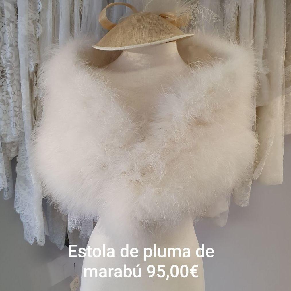 Estola pluma de marabú: Catálogo de La Parisién Sevilla