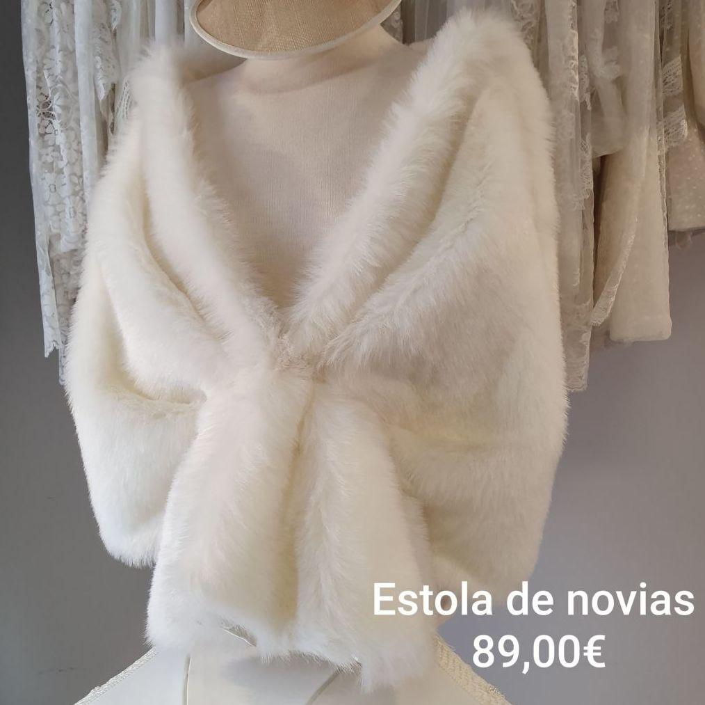 Estola Blanca de Novias ancha: Catálogo de La Parisién Sevilla