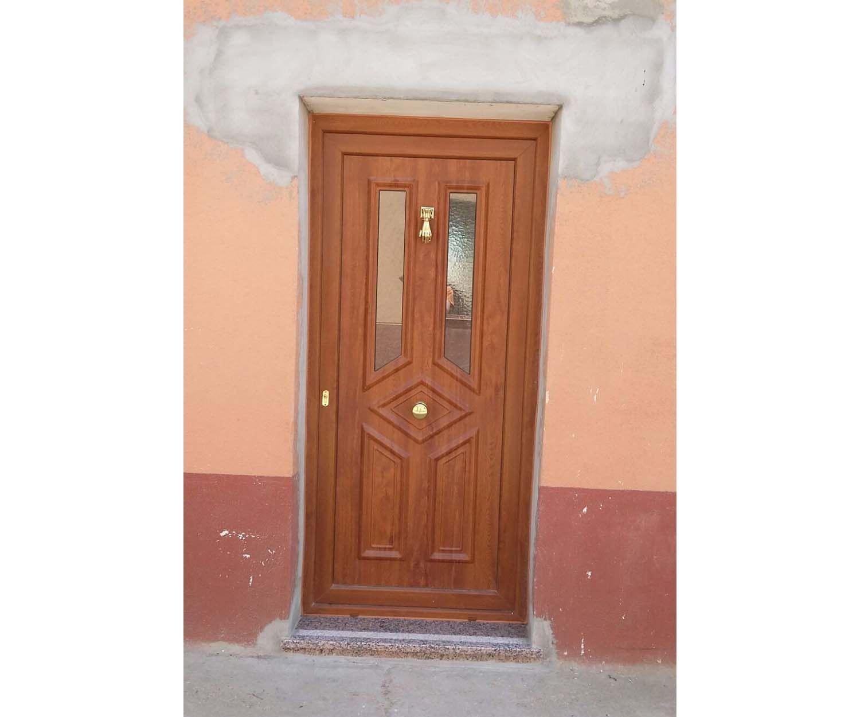 Fabricación e instalación de puertas en Palencia