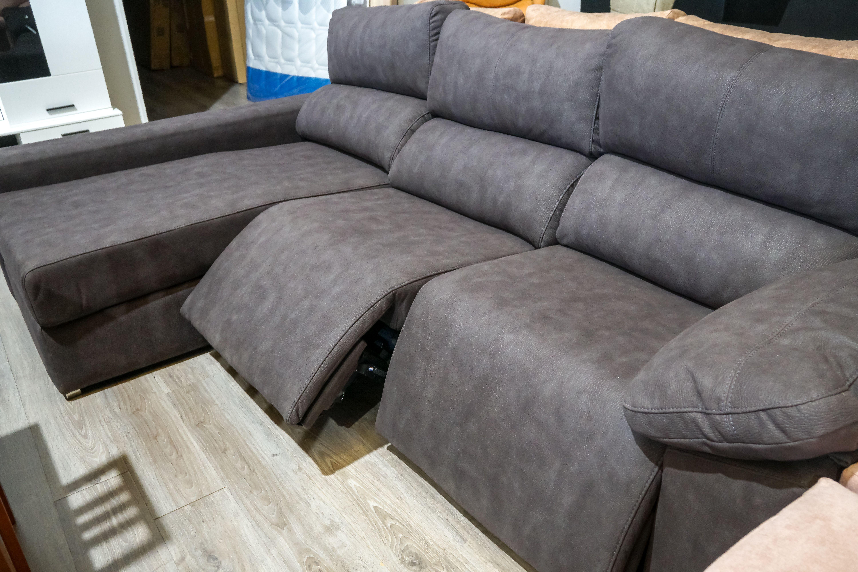 Sofá reclinable