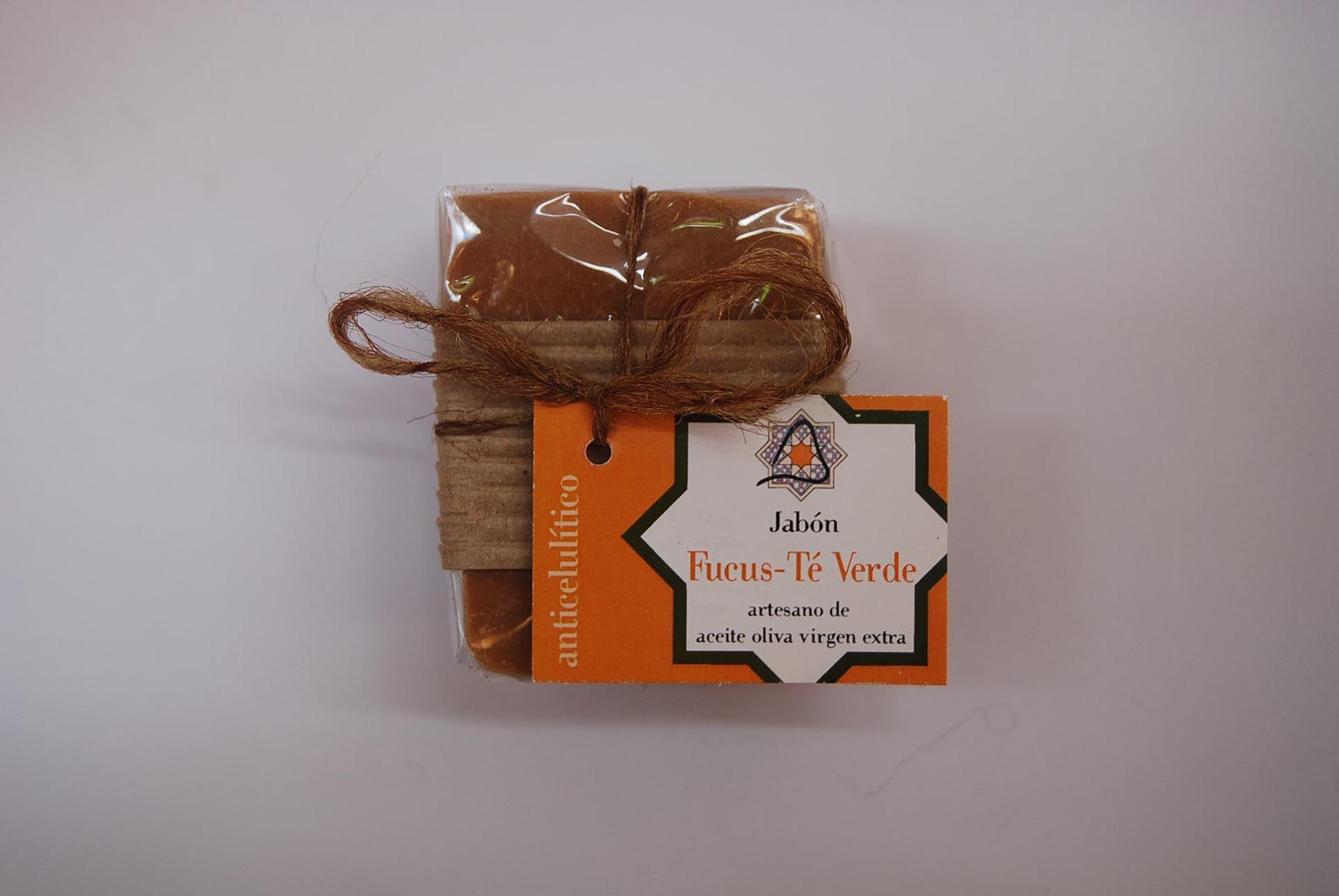 Jabón artesano de fucus y té verde: Productos de Arahí