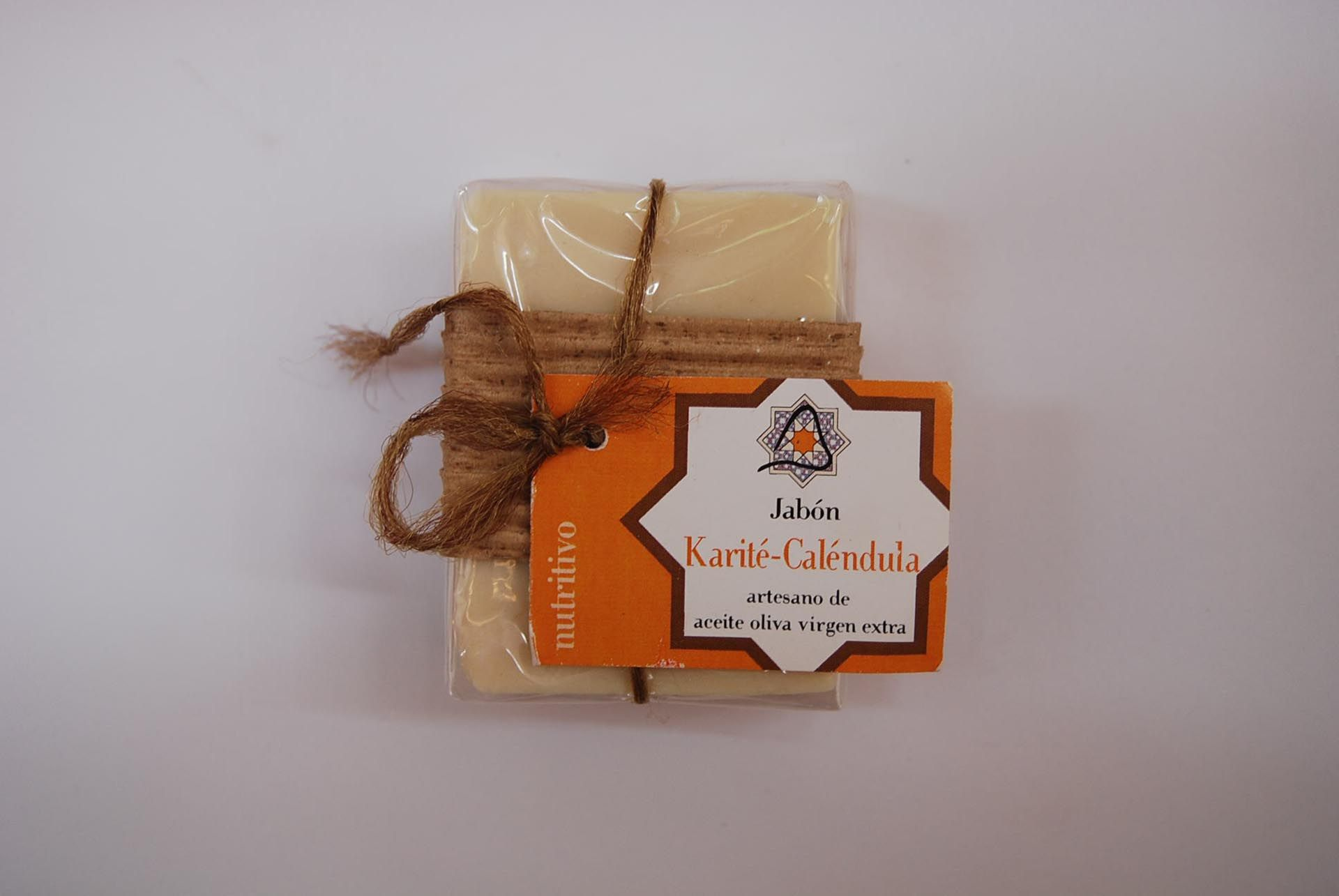 Jabón artesano de karité y caléndula: Productos de Arahí