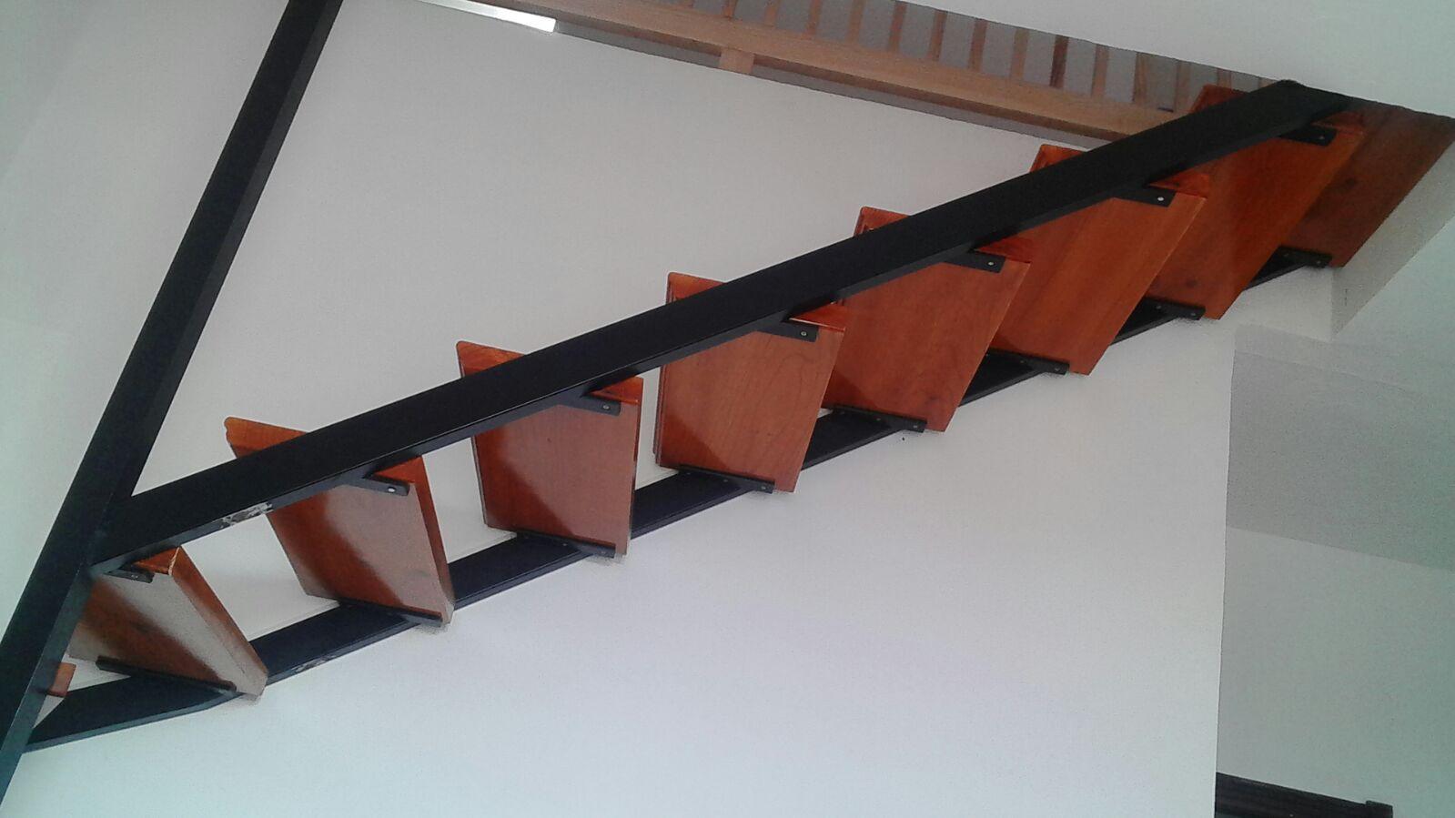 Fabricamos escaleras de hierro en Tenerife