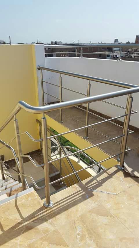 Escaleras de acero en Tenerife