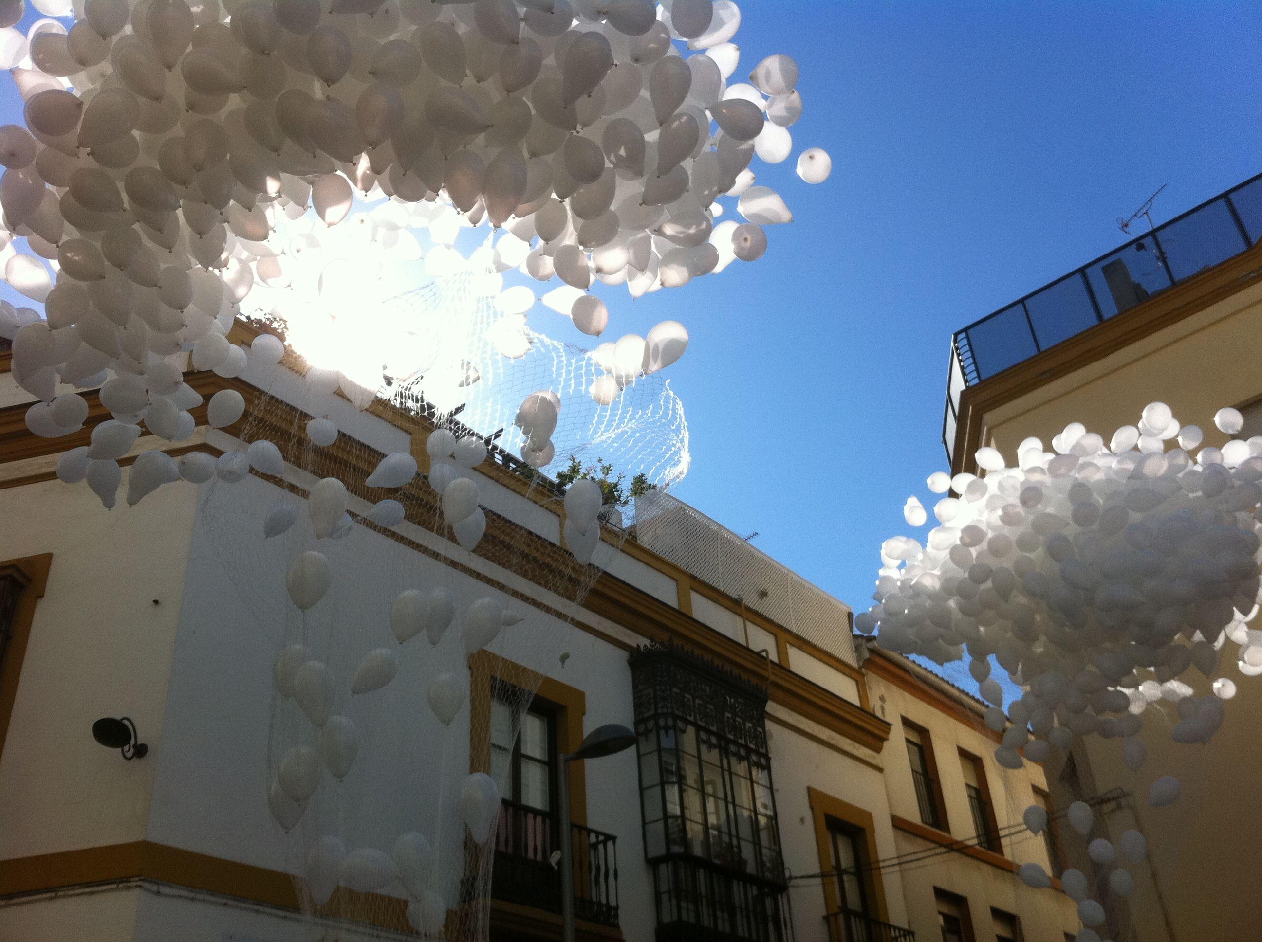 Servicio de suelta de globos en Huelva