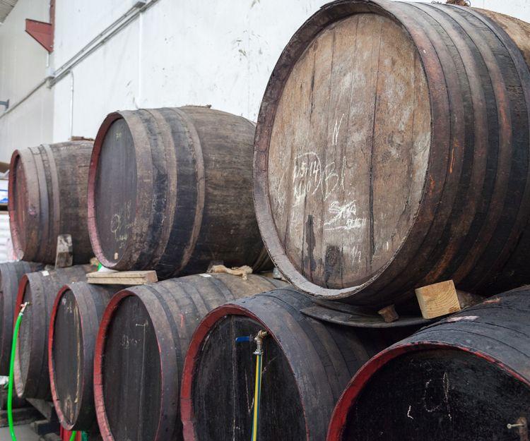 Venta de vinos a granel en Aguilar de Campoo