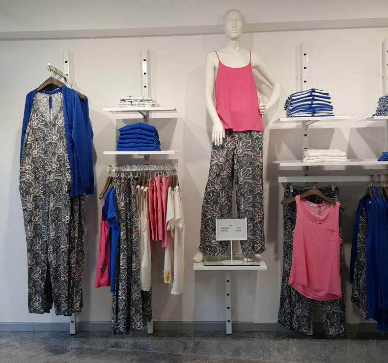 Ropa de mujer en DKT Girona