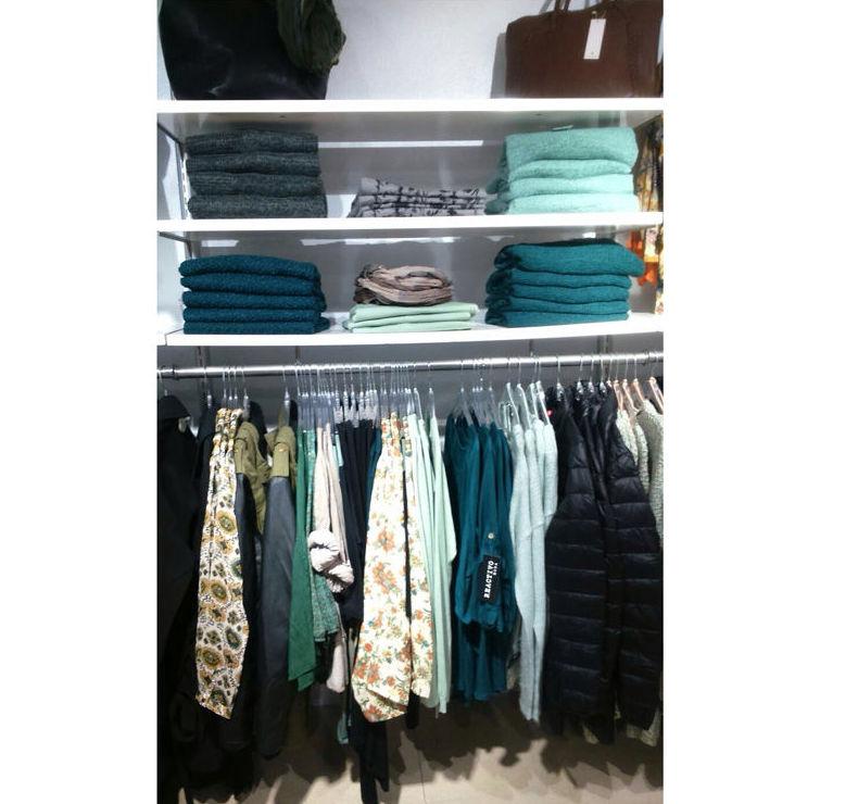 Complementos y ropa en DKT Amposta