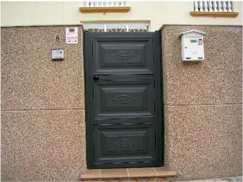 Foto 8 de Puertas automáticas y accesorios en Getafe | Puertas Automáticas J y F