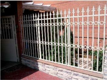 Foto 4 de Puertas automáticas y accesorios en Getafe | Puertas Automáticas J y F