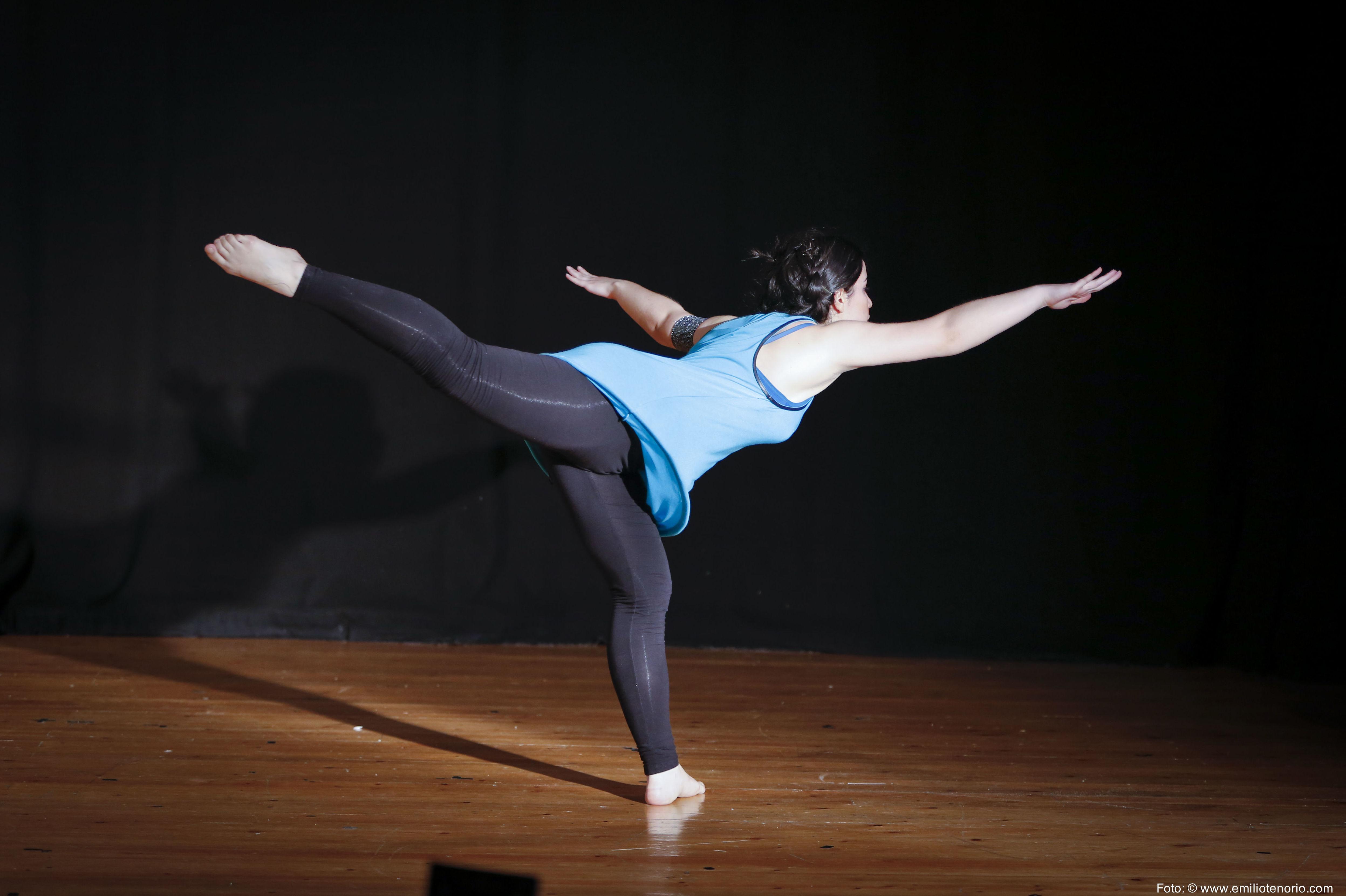 Hoy comienza la clases de Danza Contemporánea de la tarde