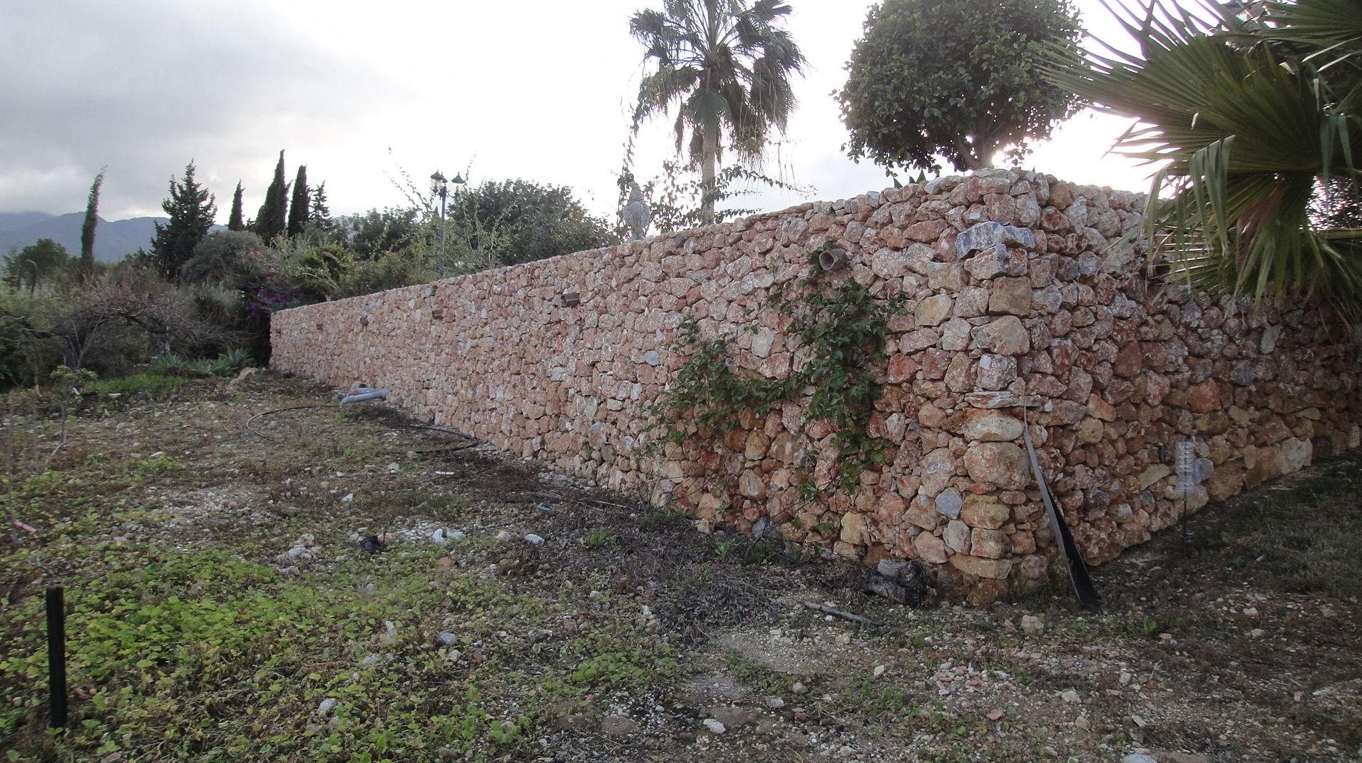 Realización de muro para jardín