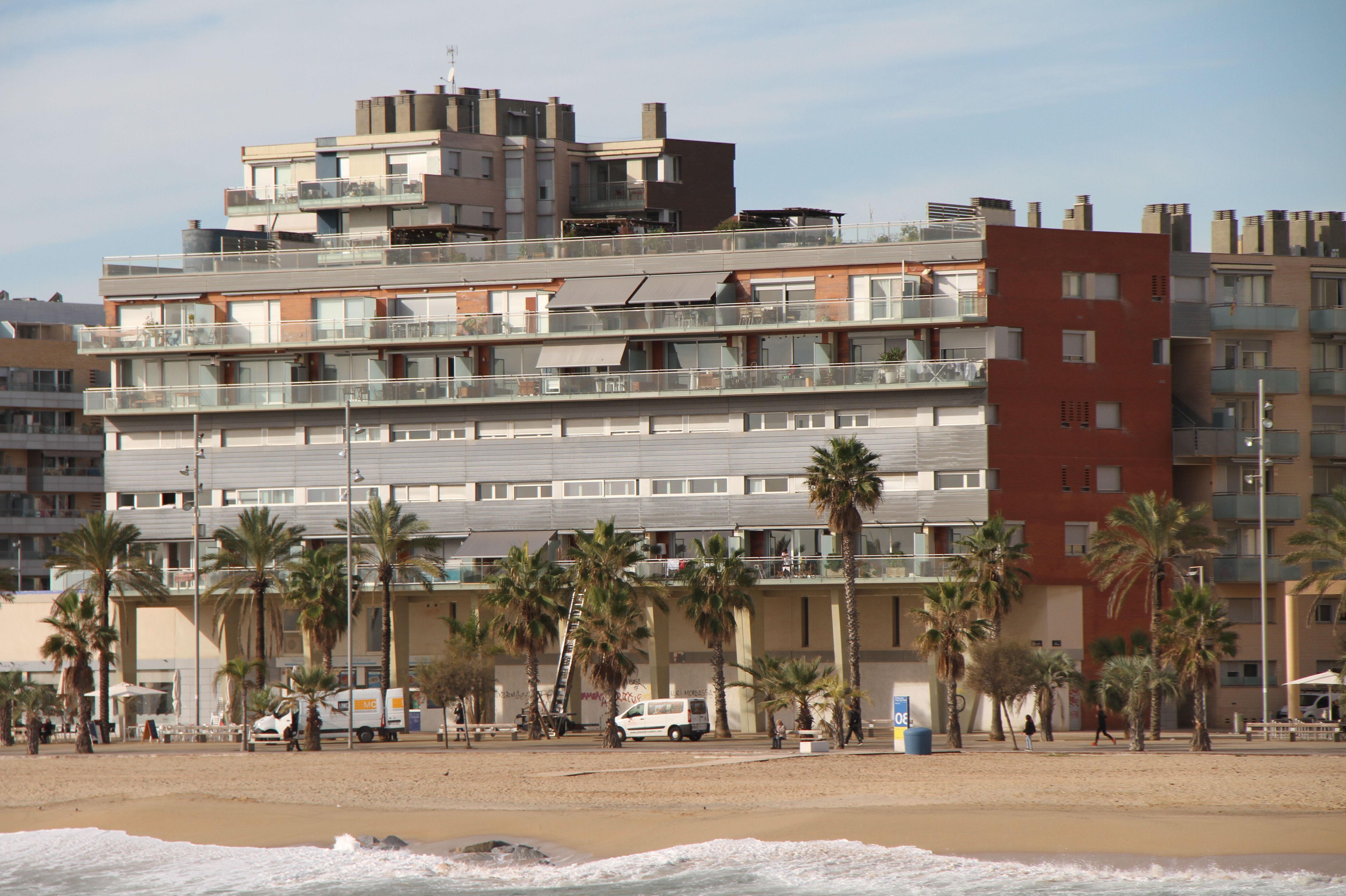 Duplex en la playa de Badalona (Barcelona)  795.000€: Visita nuestras inmuebles de Bertinsa Real Estate, Investments & Sale Services