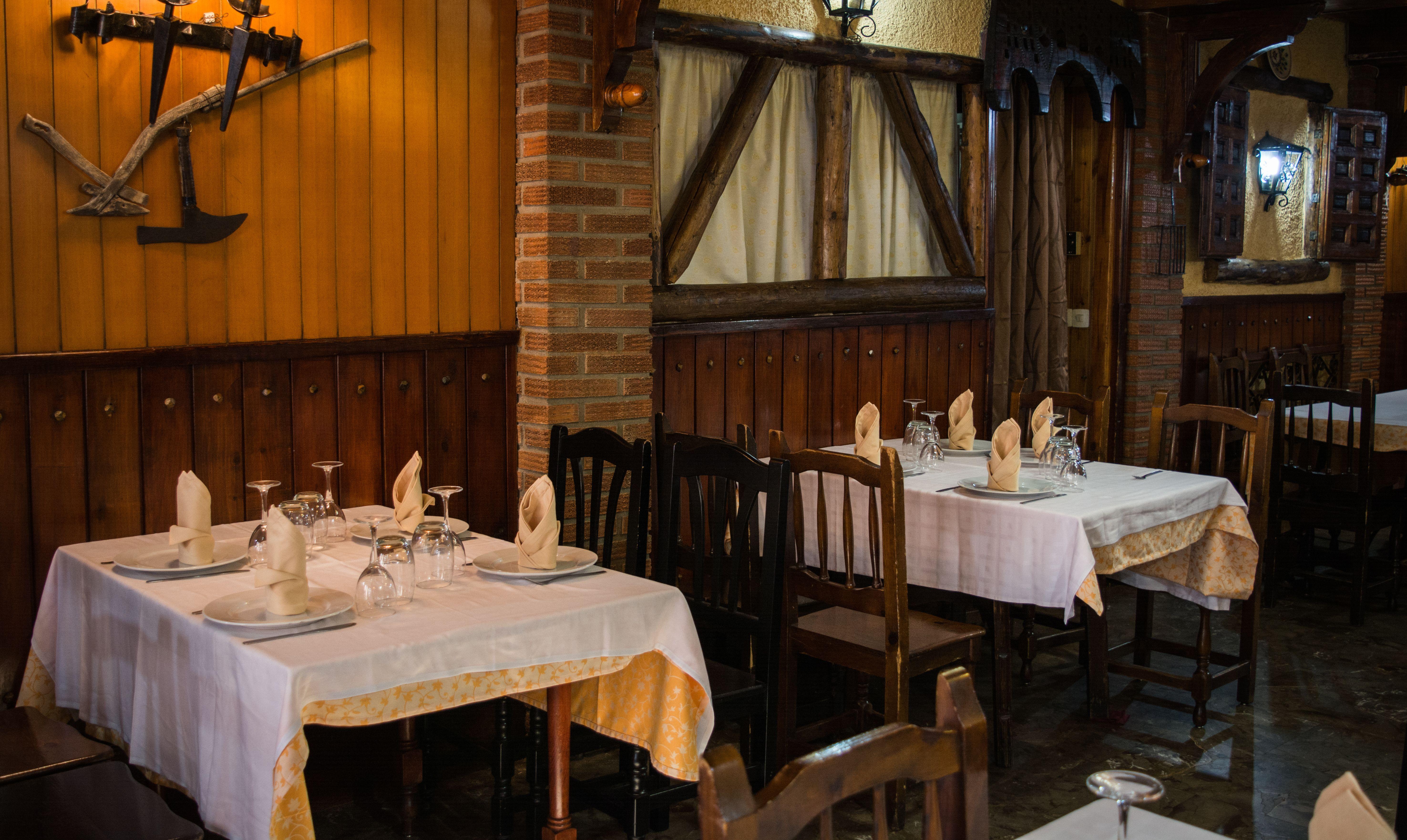 Foto 28 de Restaurante asador en  | Mesón Restaurante Antigua Casa Patata
