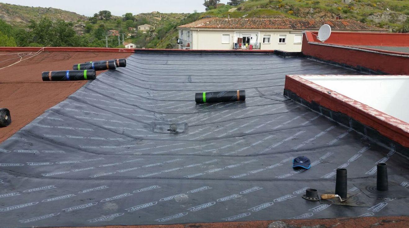Reforma de cubiertas con tela asfáltica en Cáceres
