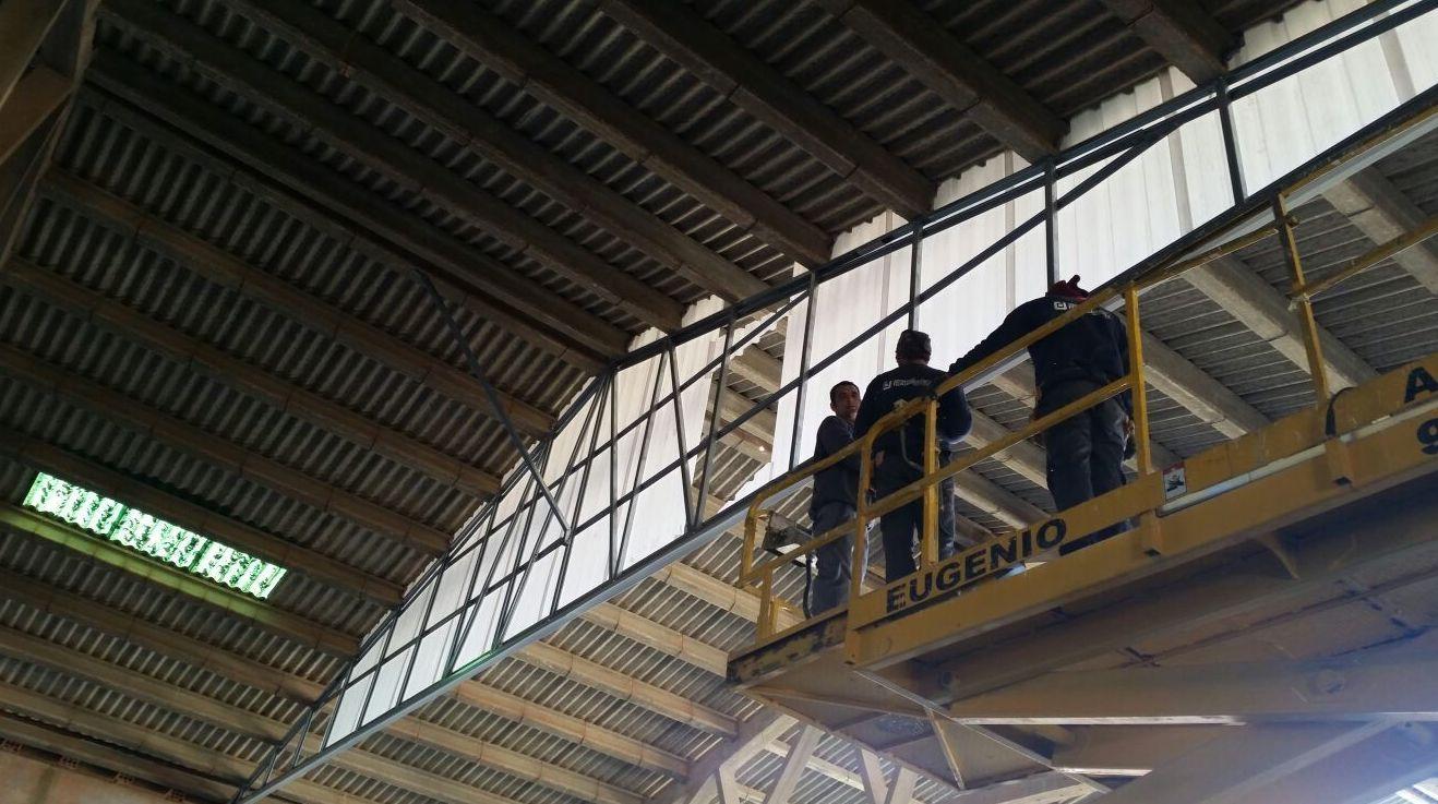 Empresa especializada en panelado de naves industriales (después)