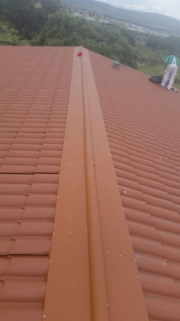 Impermeabilización de cubierta con panel Coppo en Plasencia