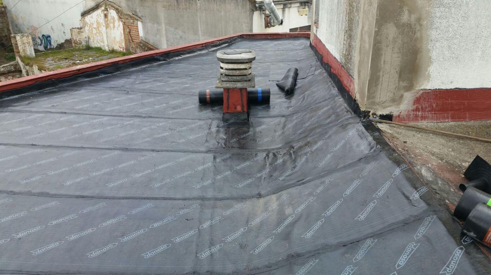 Impermeabilización de cubierta con tela asfáltica