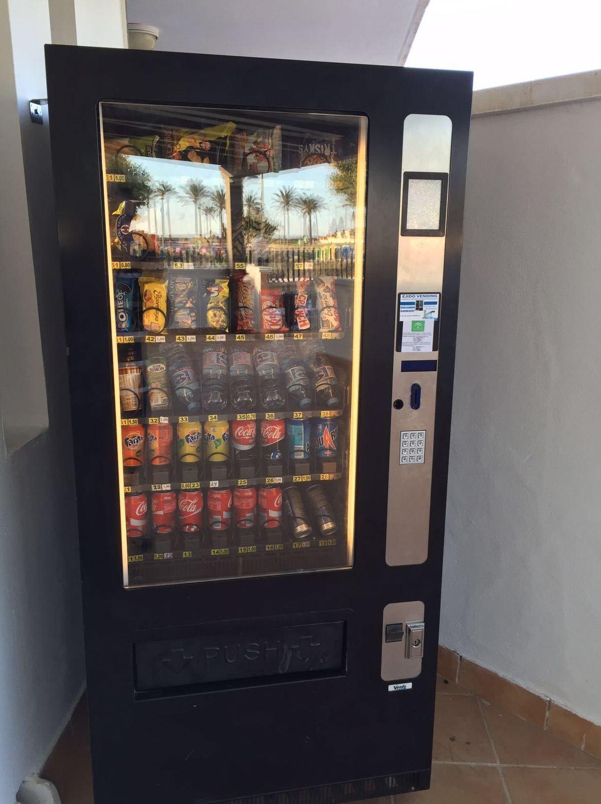 Foto 47 de Vending en  | Ejido Vending - El Botellón