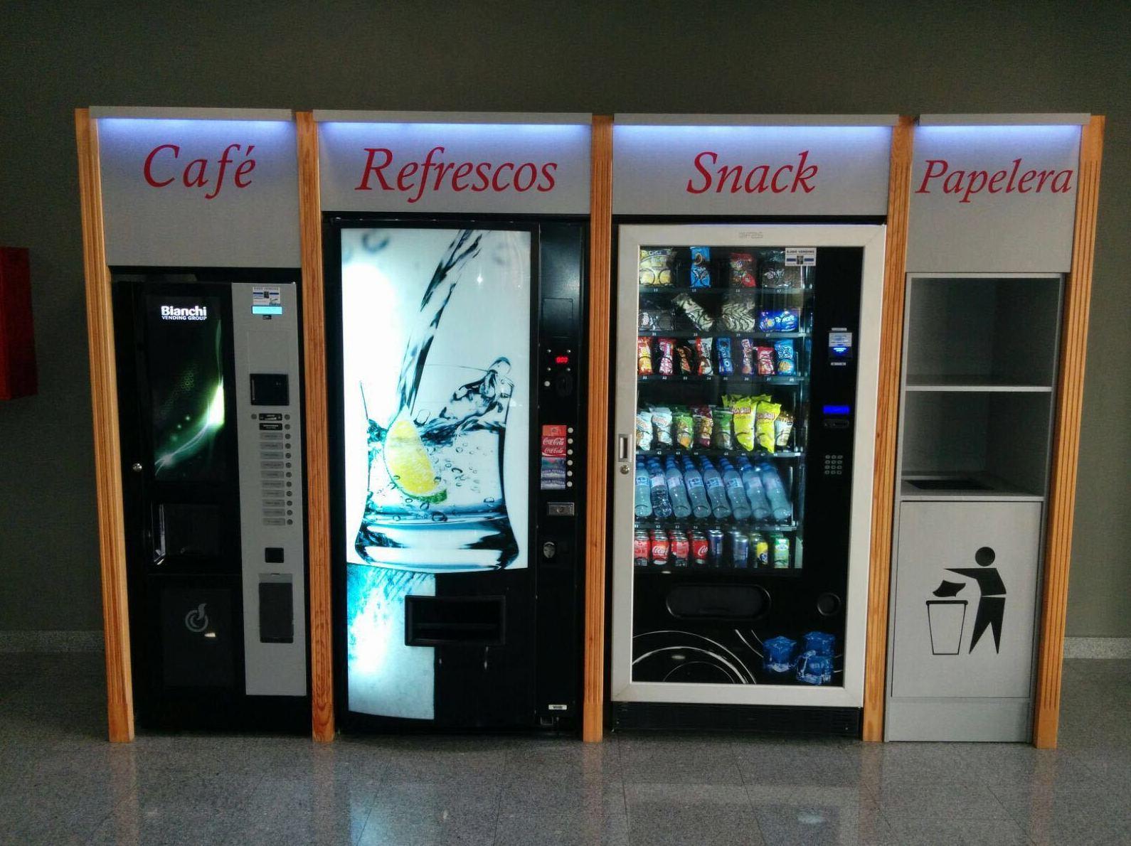 Foto 41 de Vending en  | Ejido Vending - El Botellón
