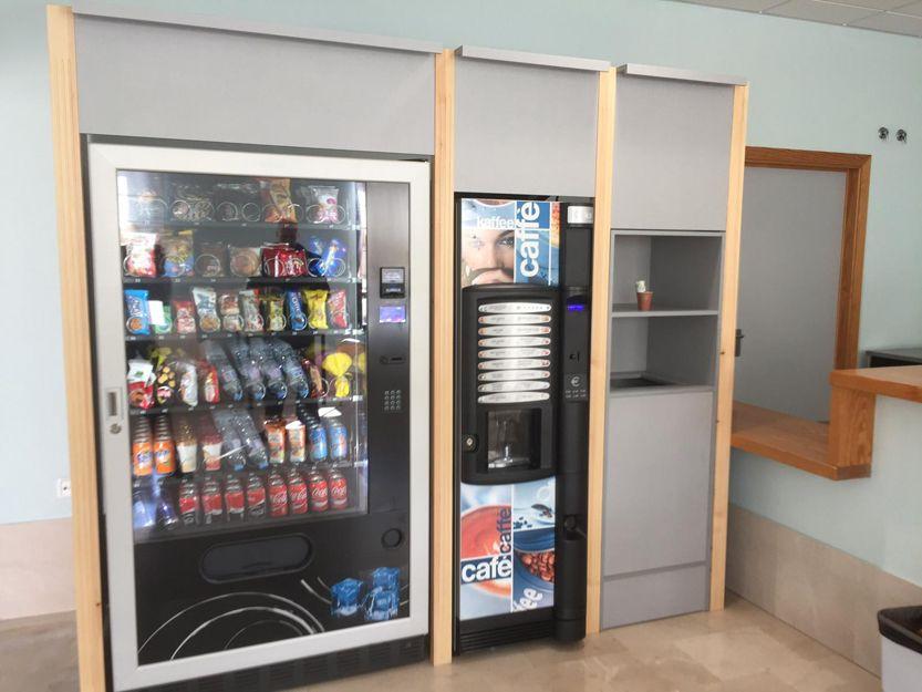 Instalación de máquinas vending de café, snack y refrescos en Almería