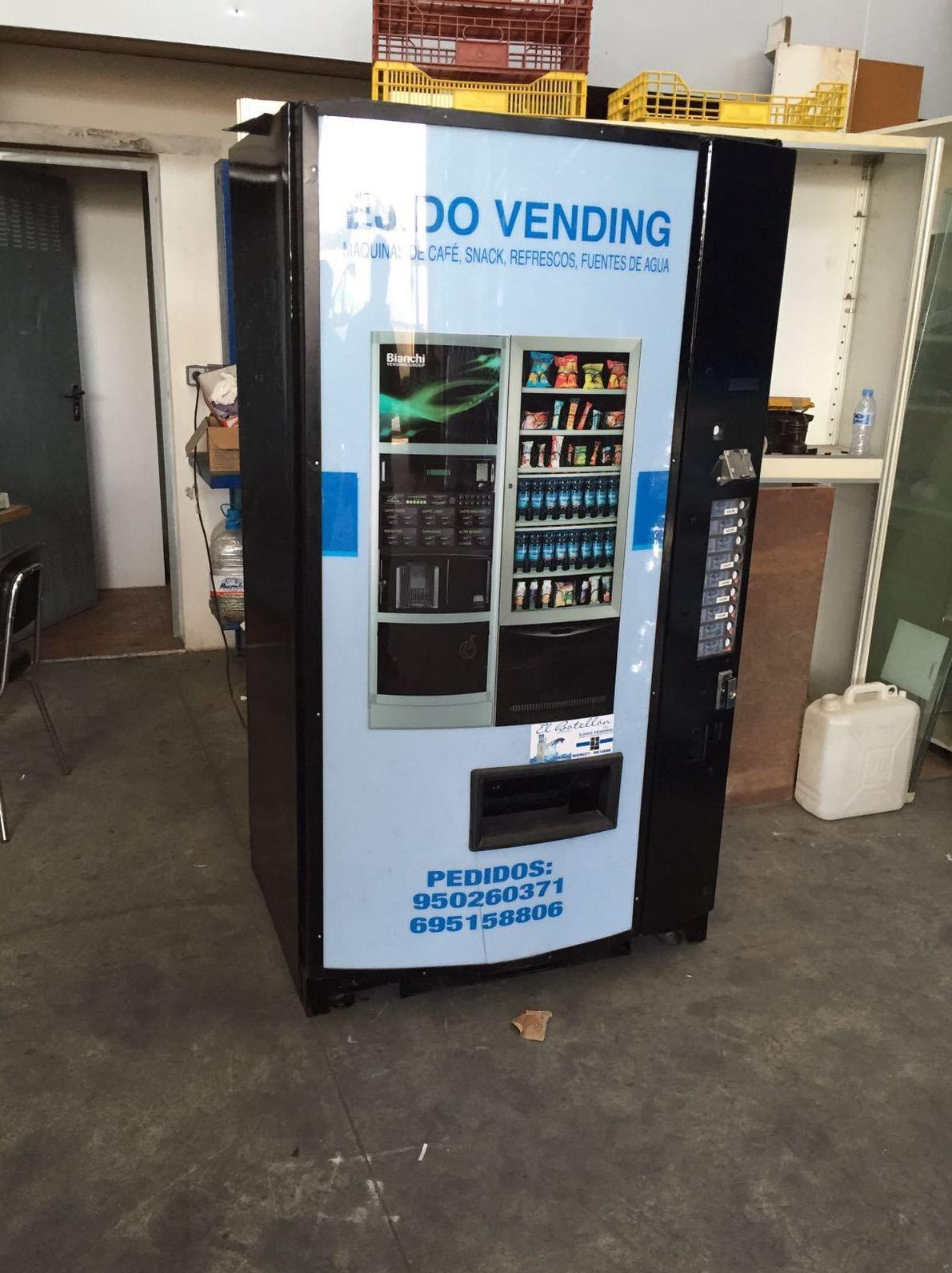 Foto 43 de Vending en  | Ejido Vending - El Botellón