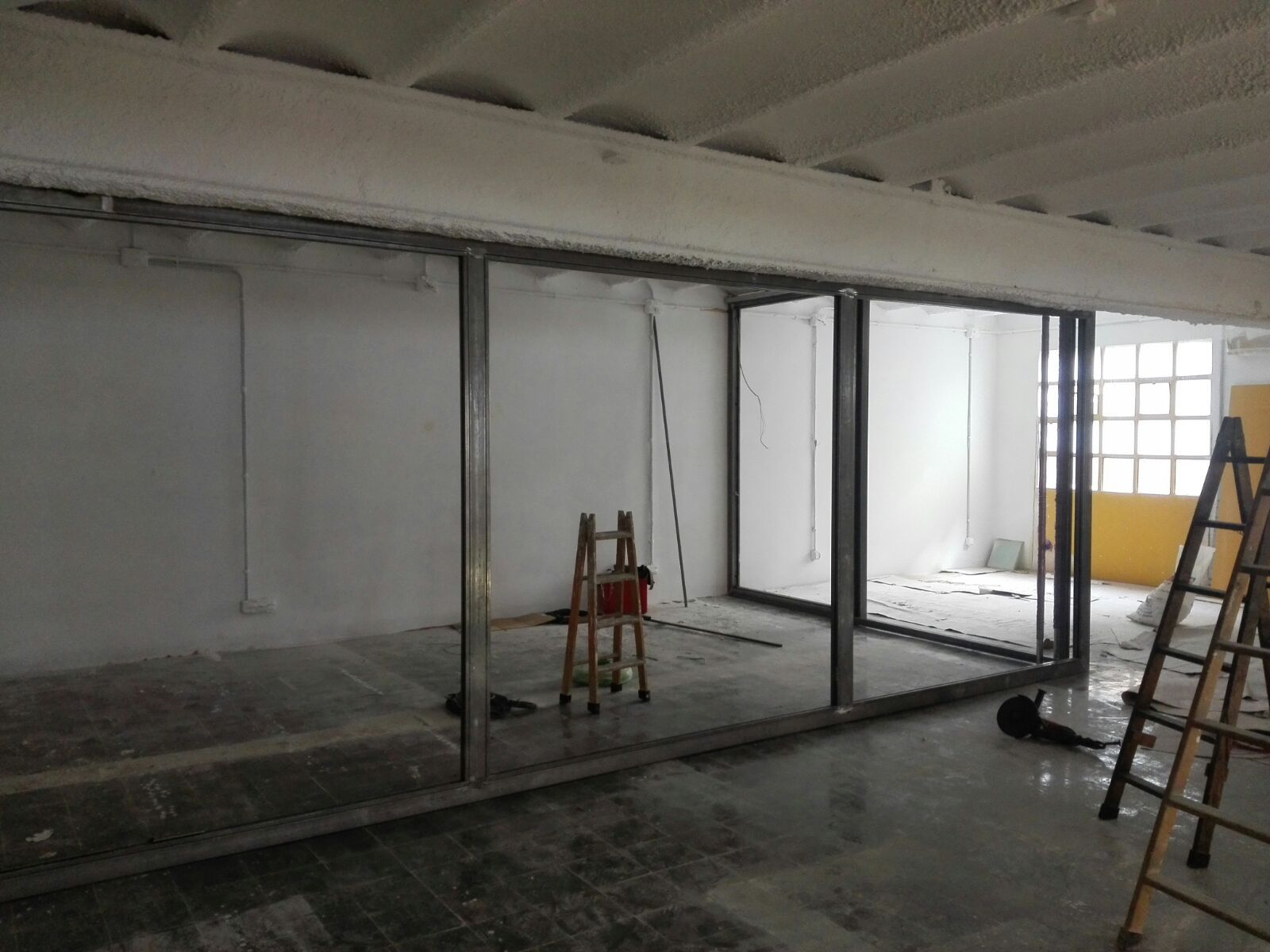 Foto 122 de Carpintería de aluminio, metálica y PVC en Terrassa | Tancaments Cusidó