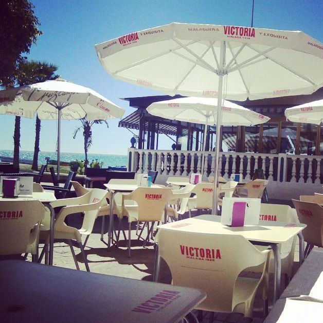 Restaurante de cocina mediterránea y cocina americana