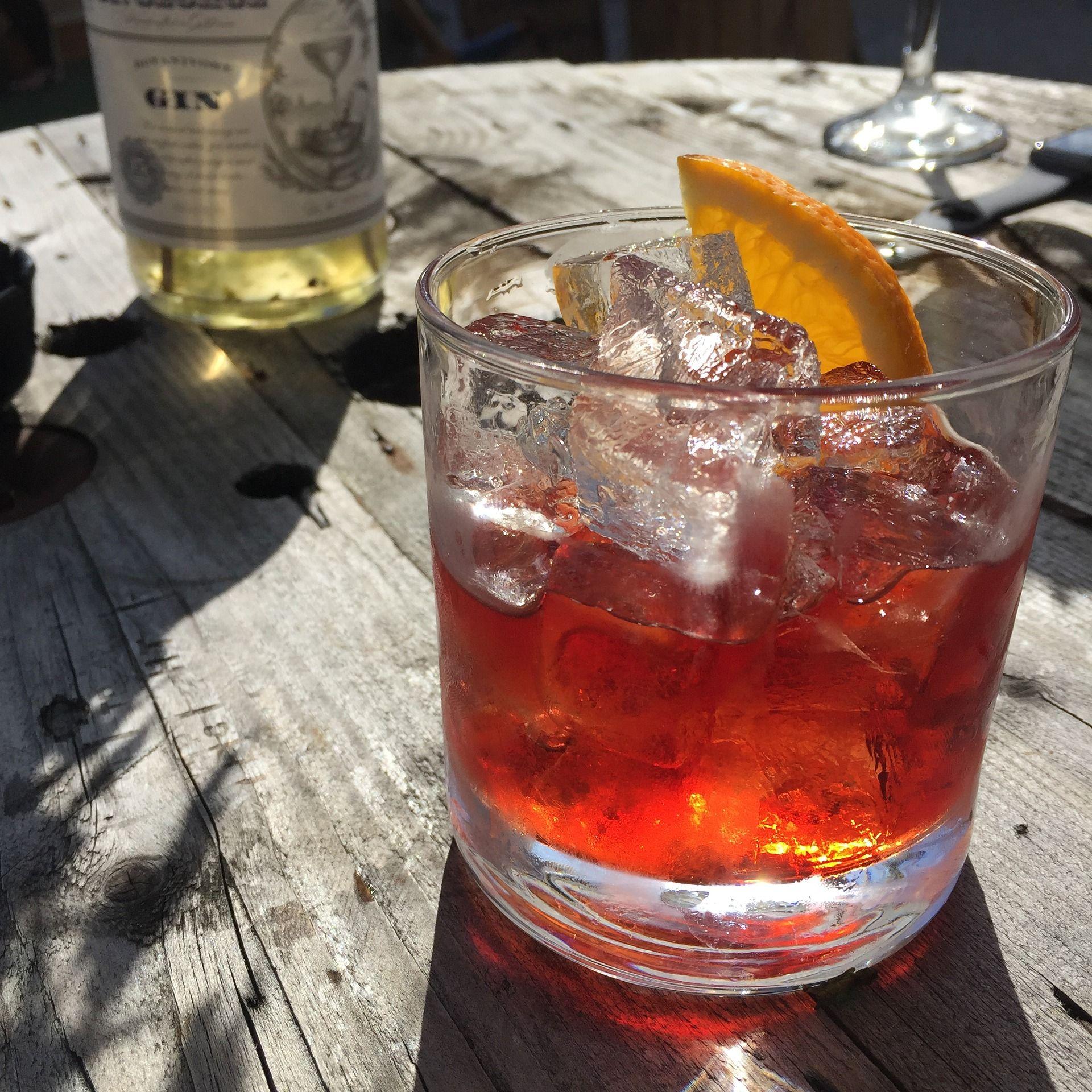 El vermouth se toma en El Sotanillo