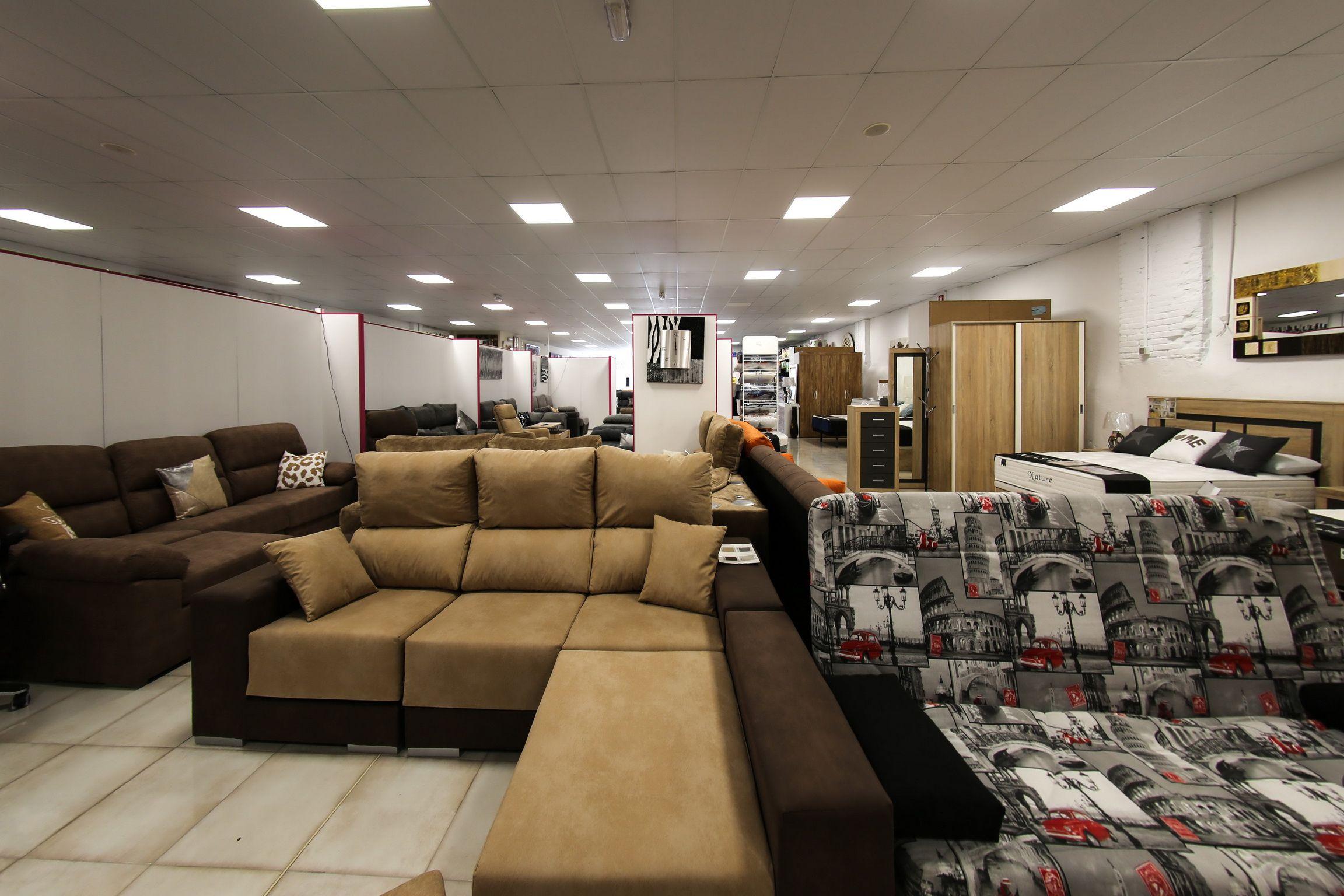 Exposición de muebles de salón en Lleida
