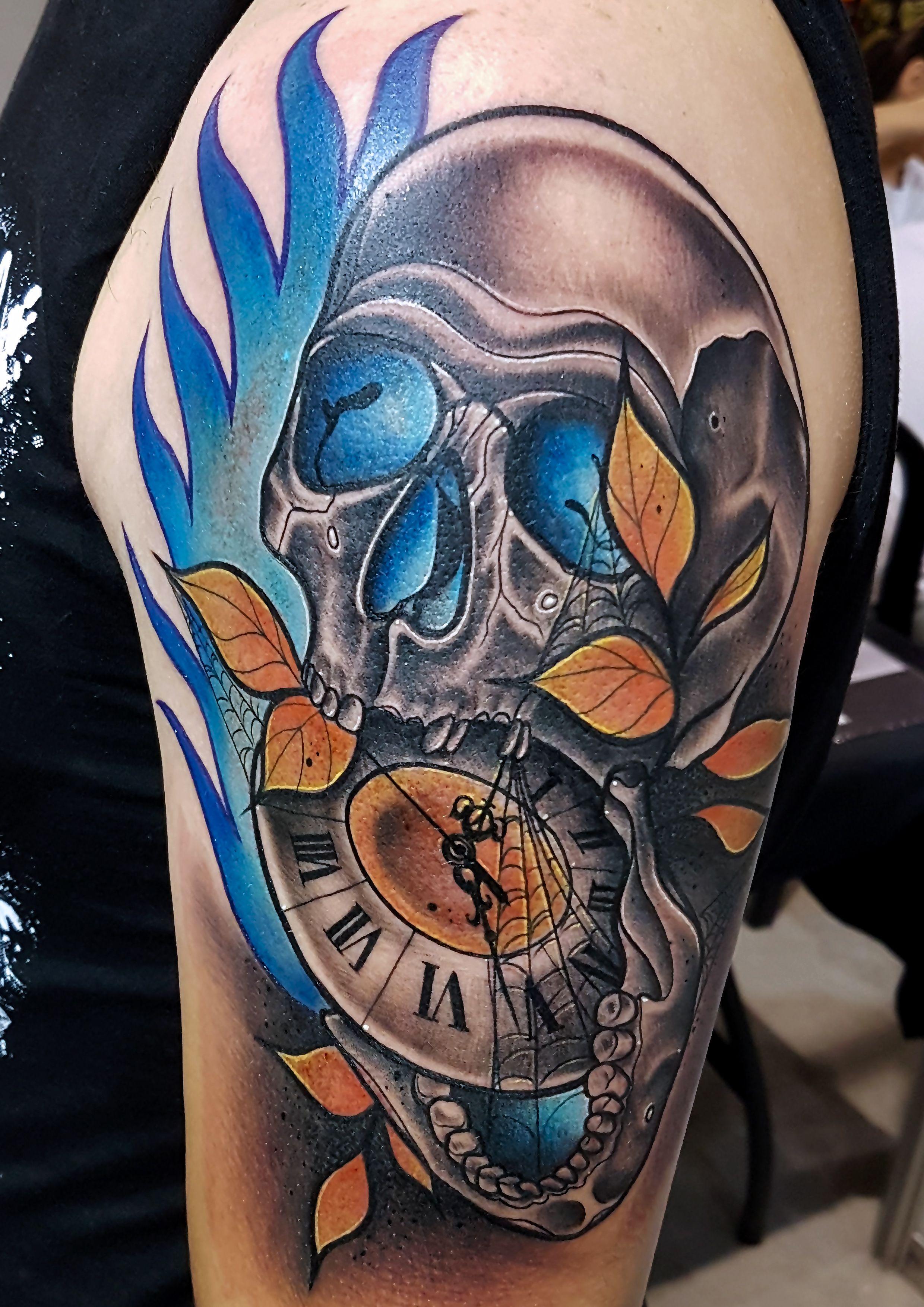 Foto 87 de Tatuajes en Cehegin   Skulls Lady Tattoo And Gallery