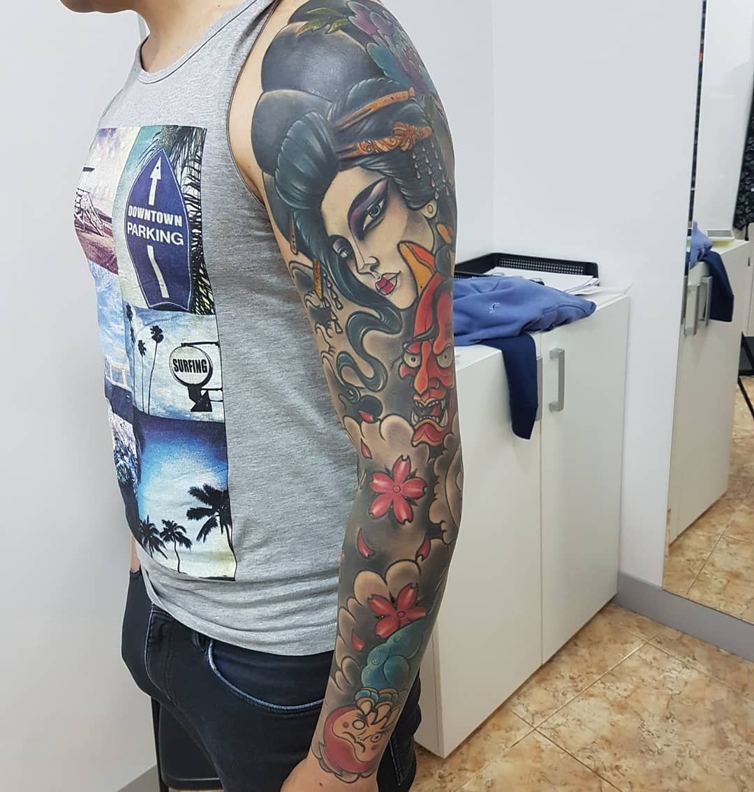 Foto 211 de Tatuajes en Cehegin | Skulls Lady Tattoo And Gallery