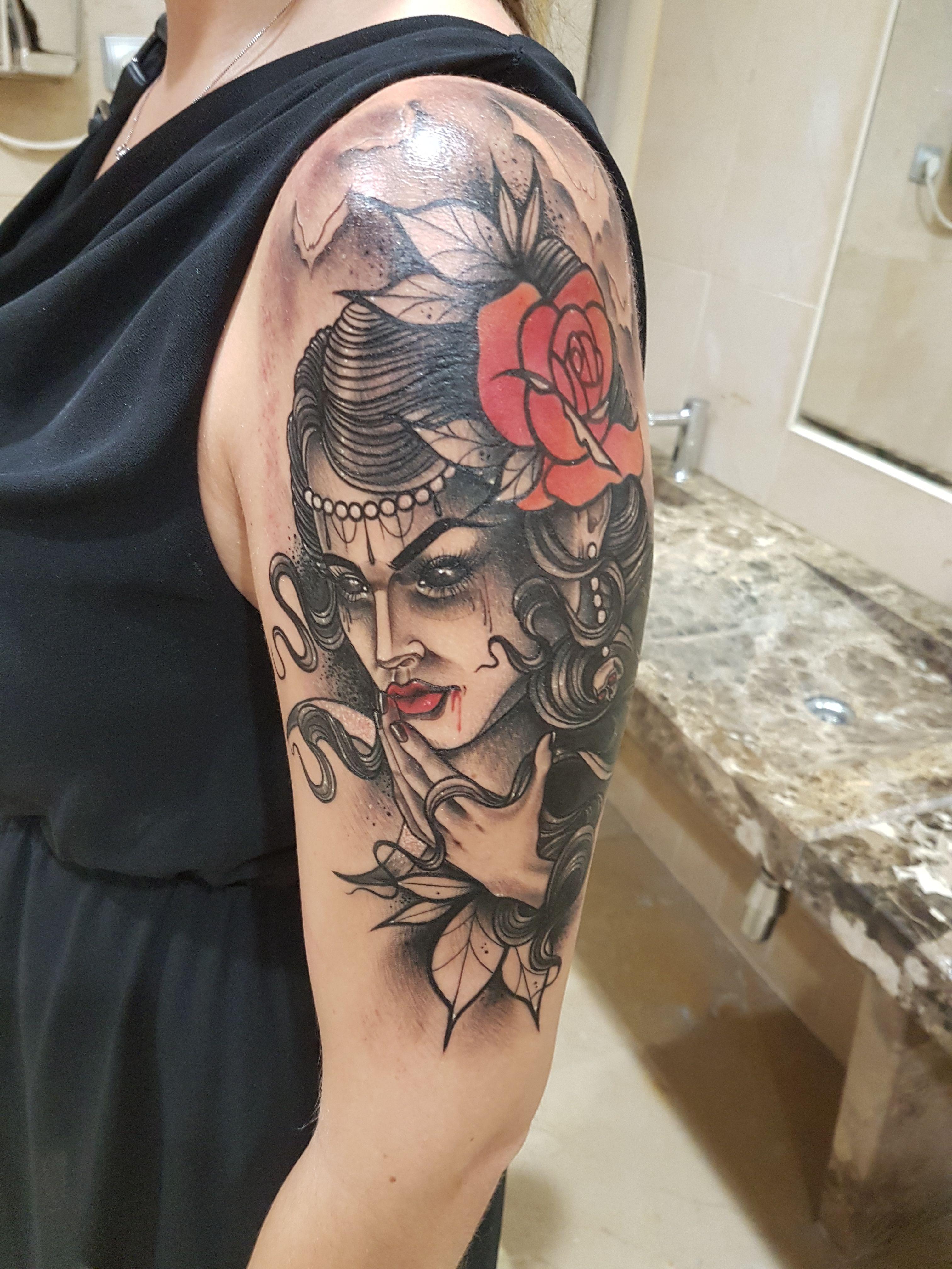 Foto 130 de Tatuajes en Cehegin | Skulls Lady Tattoo And Gallery