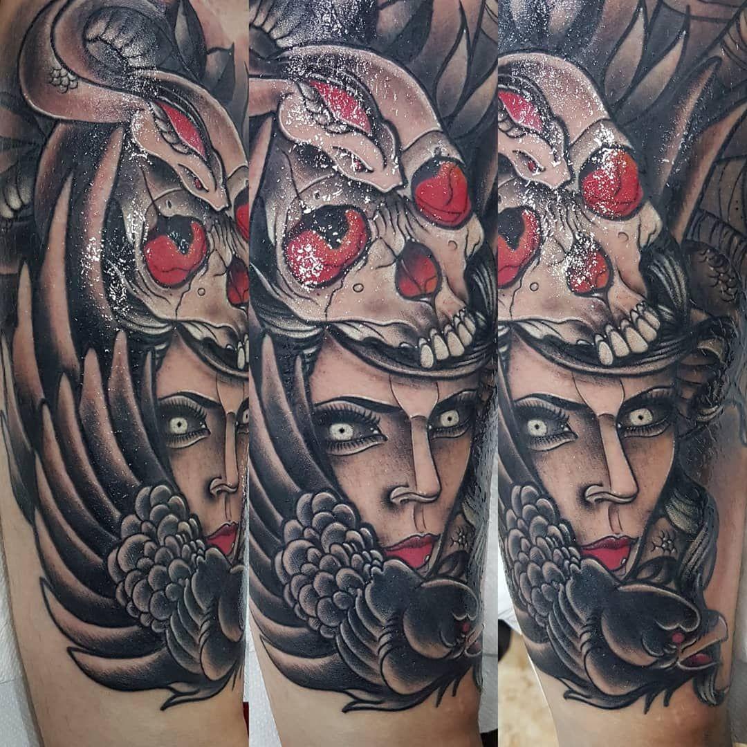 Foto 79 de Tatuajes en Cehegin   Skulls Lady Tattoo And Gallery