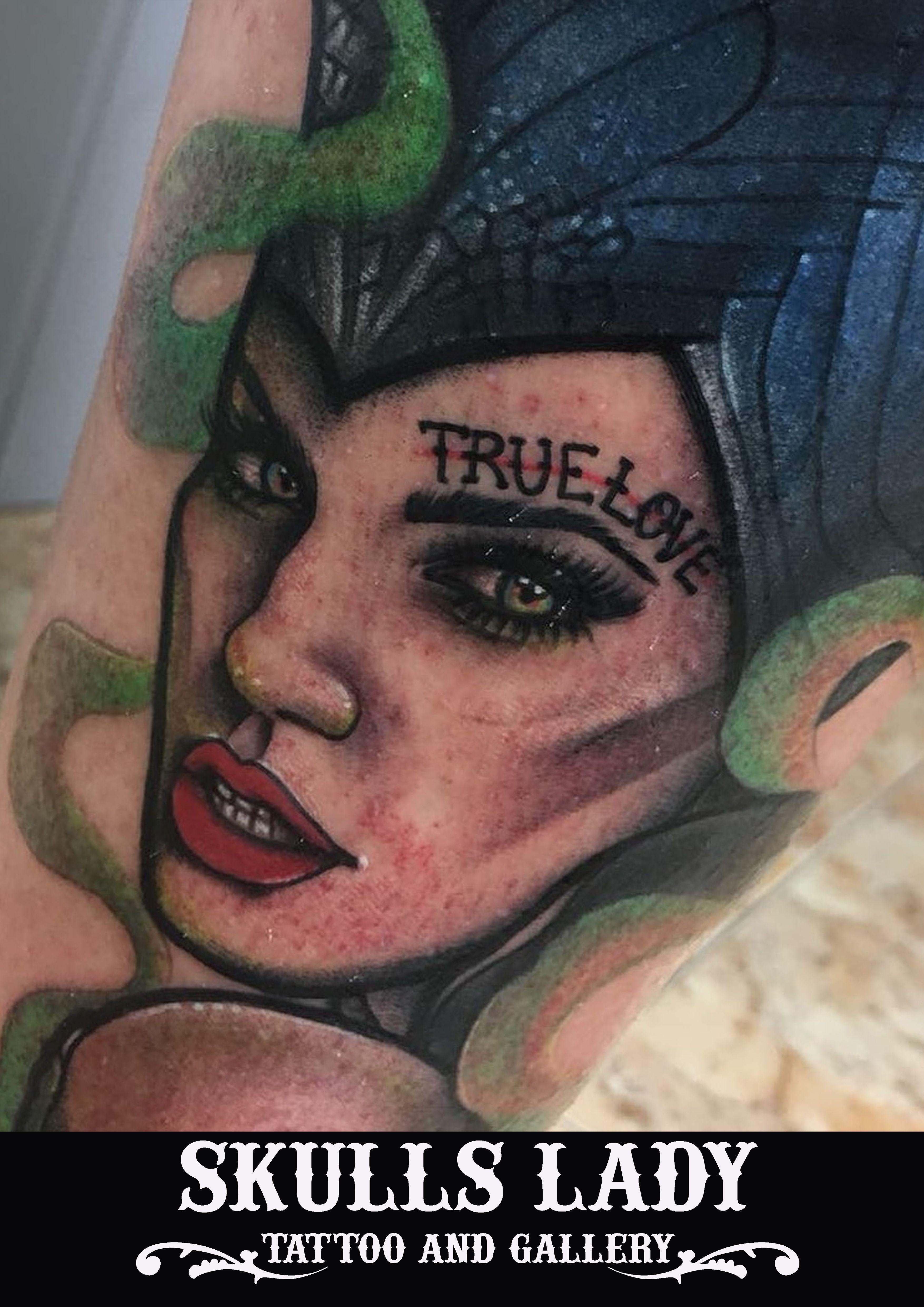 Foto 181 de Tatuajes en Cehegin | Skulls Lady Tattoo And Gallery