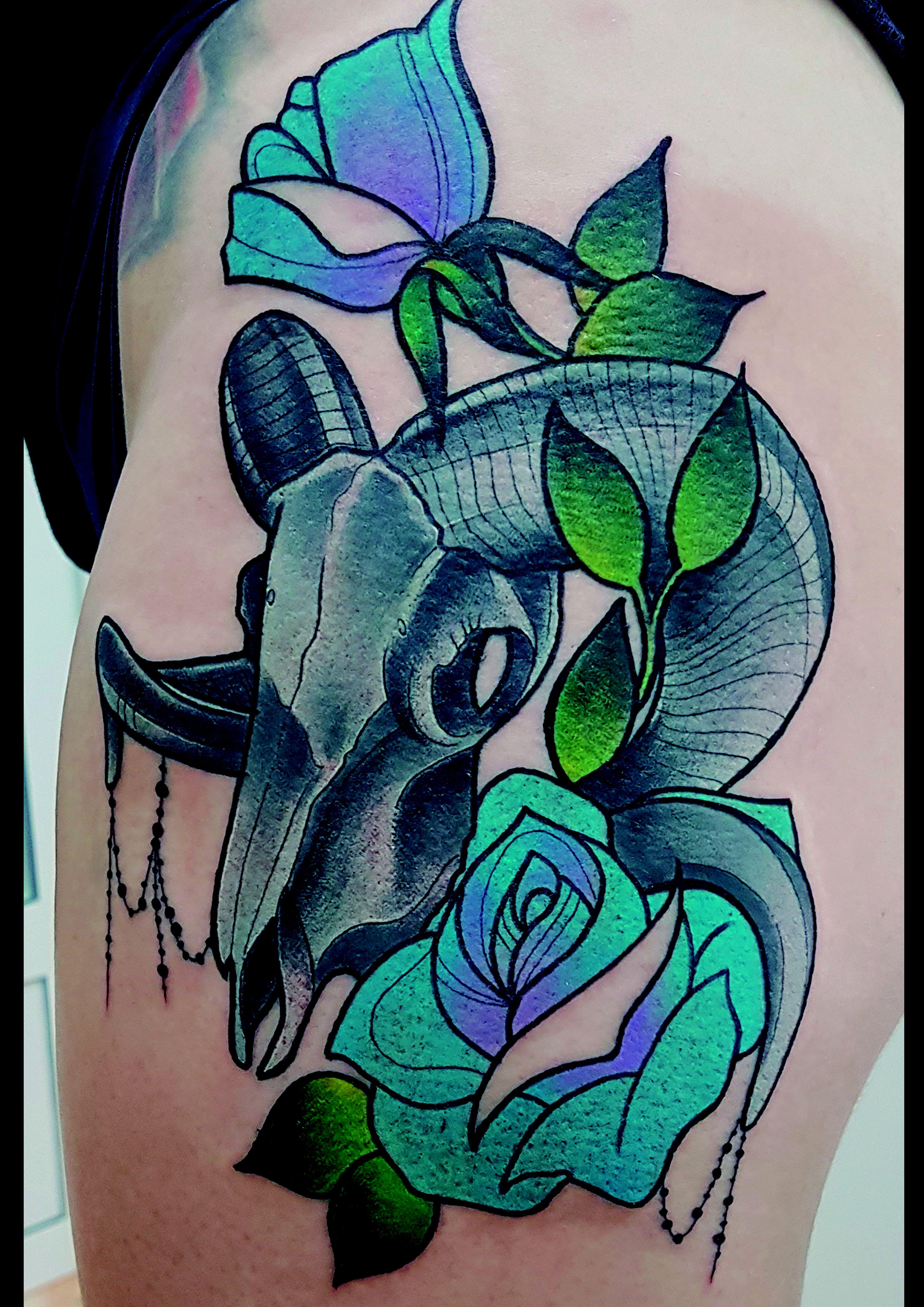 Foto 189 de Tatuajes en Cehegin | Skulls Lady Tattoo And Gallery