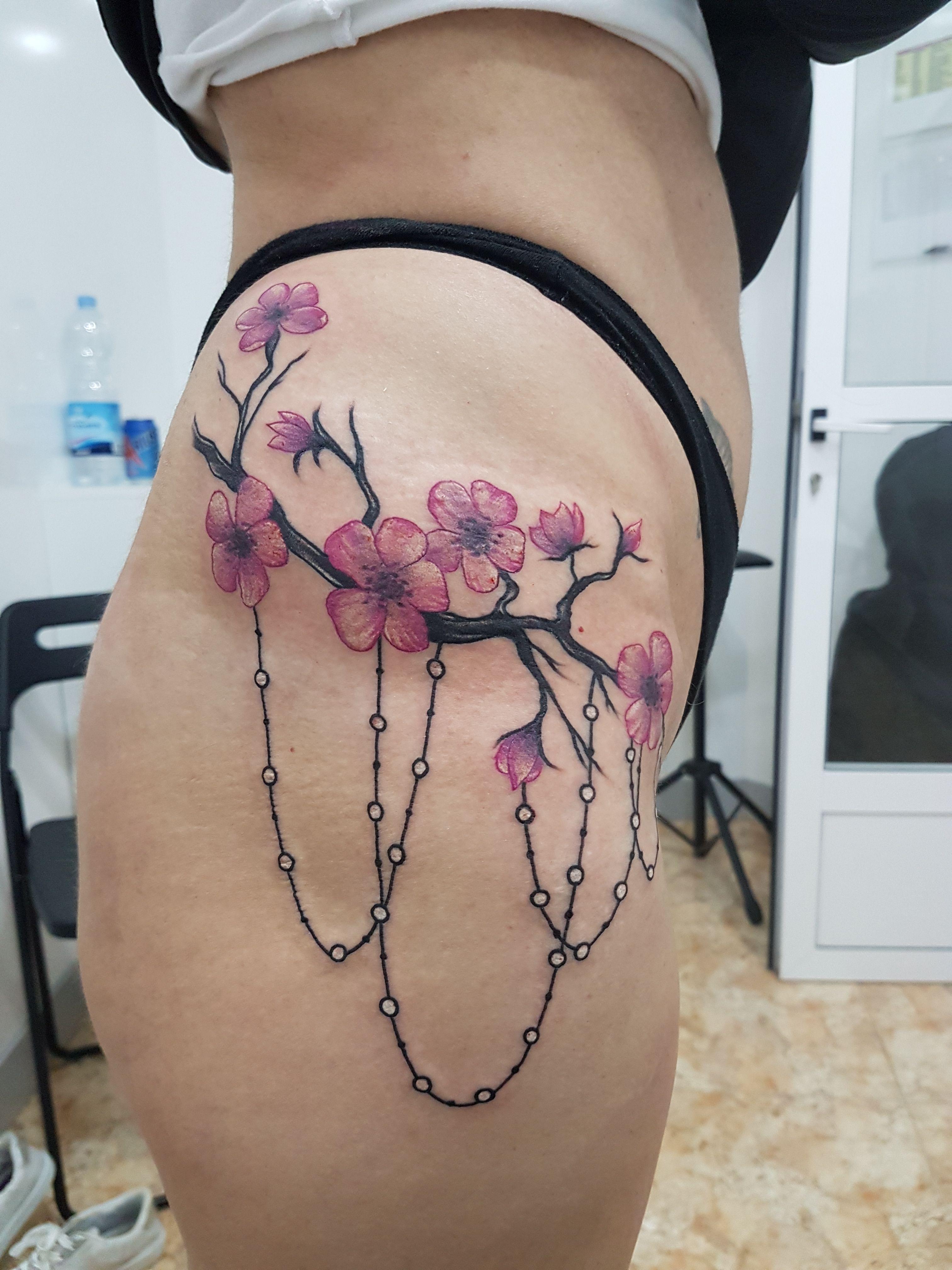Foto 103 de Tatuajes en Cehegin   Skulls Lady Tattoo And Gallery