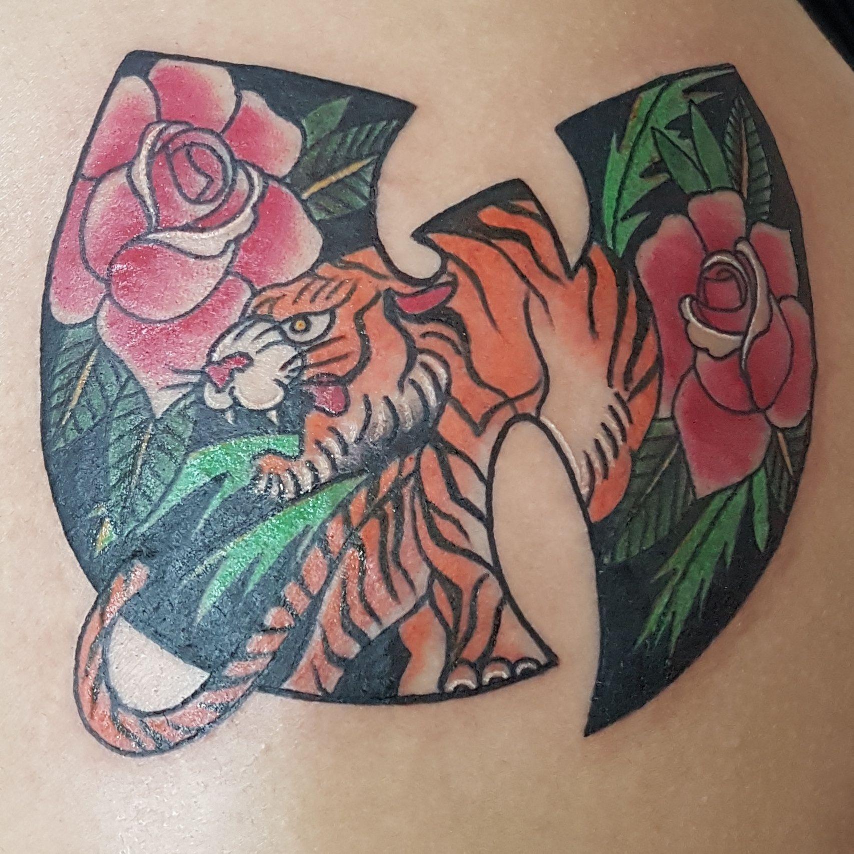 Foto 124 de Tatuajes en Cehegin | Skulls Lady Tattoo And Gallery