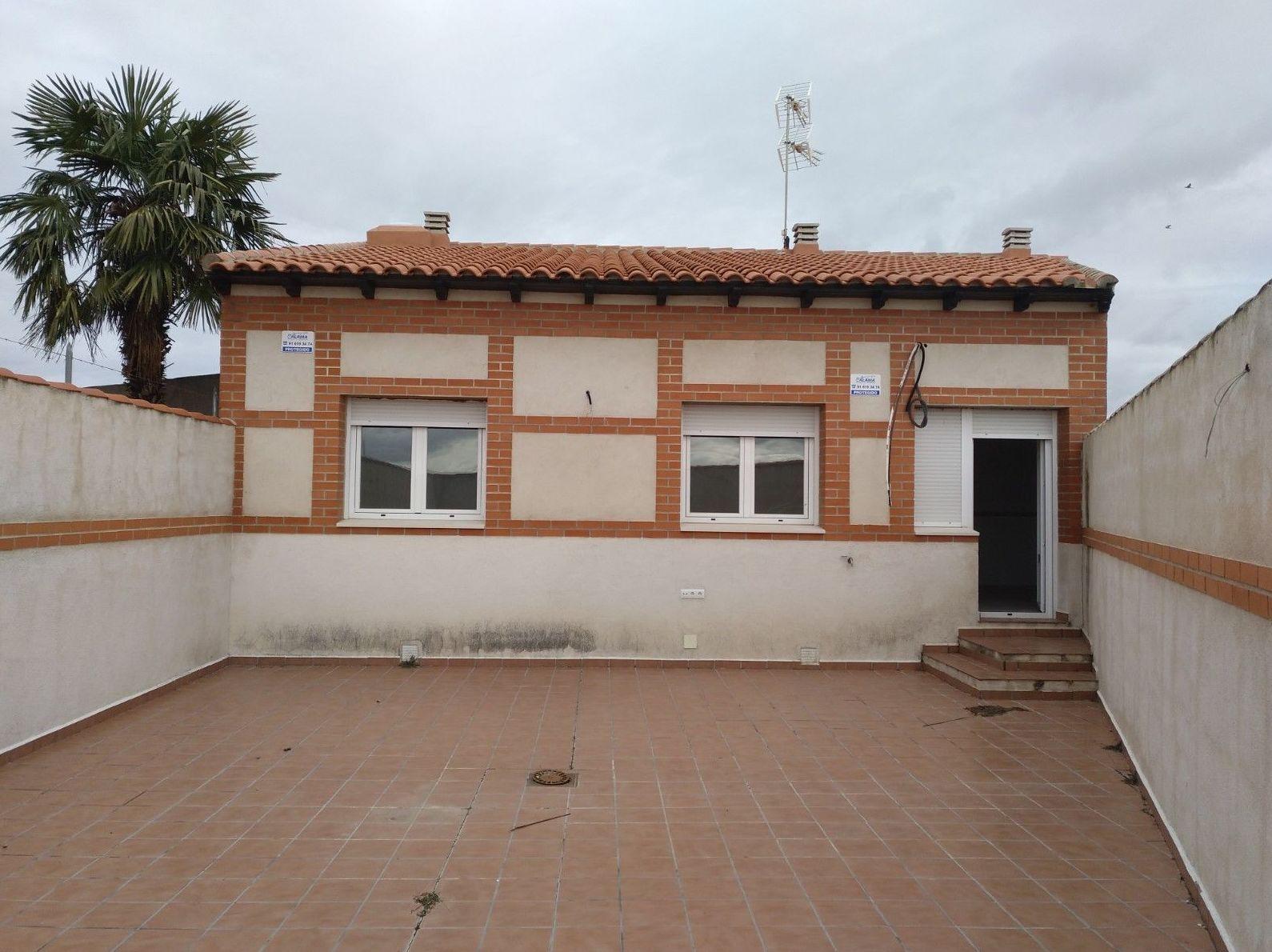 Chalet nueva construcción en Fuensalida: Inmuebles de Inmobiliaria La Montañesa