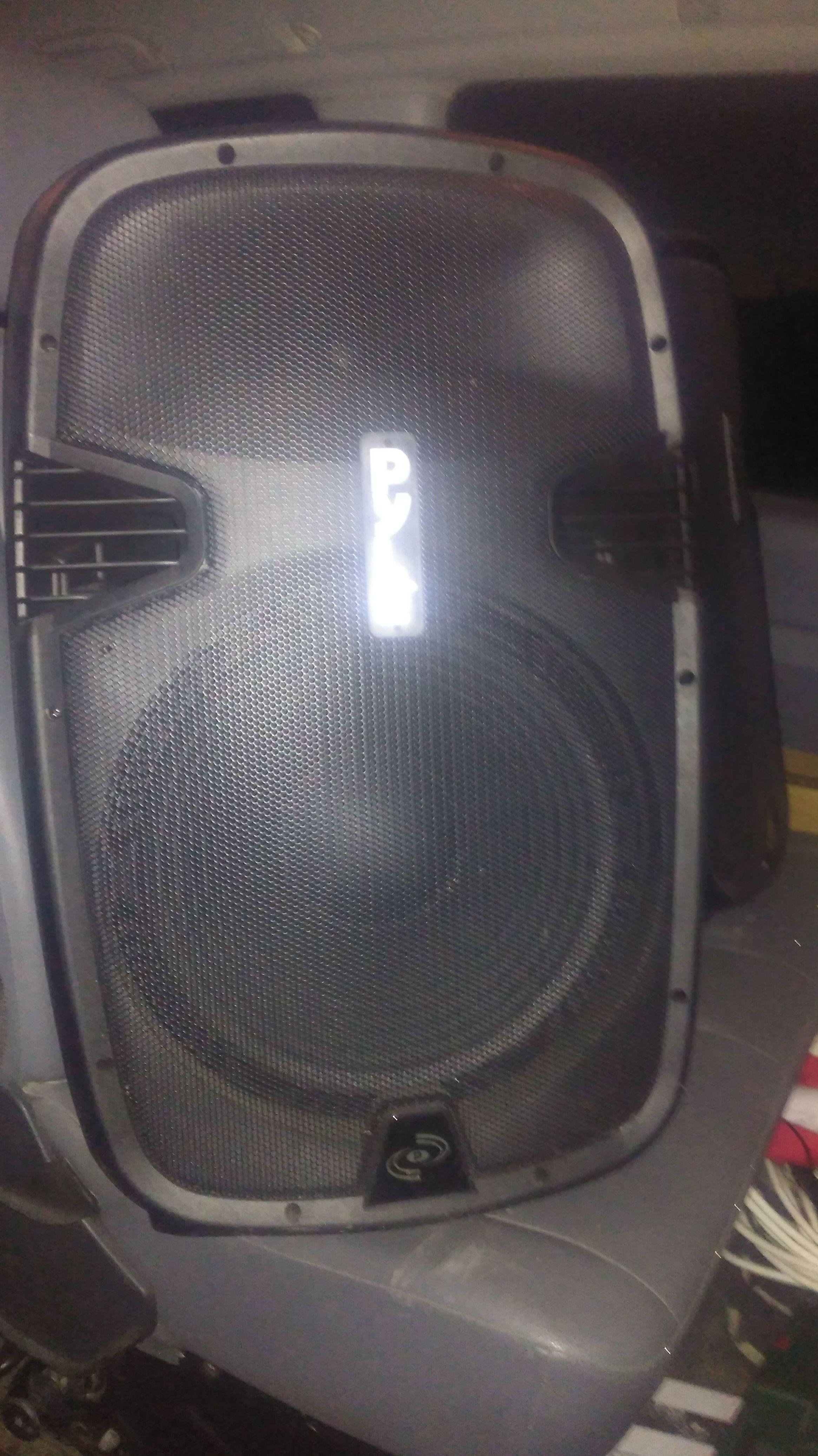Altavoces auto amplificados USB bleutooth