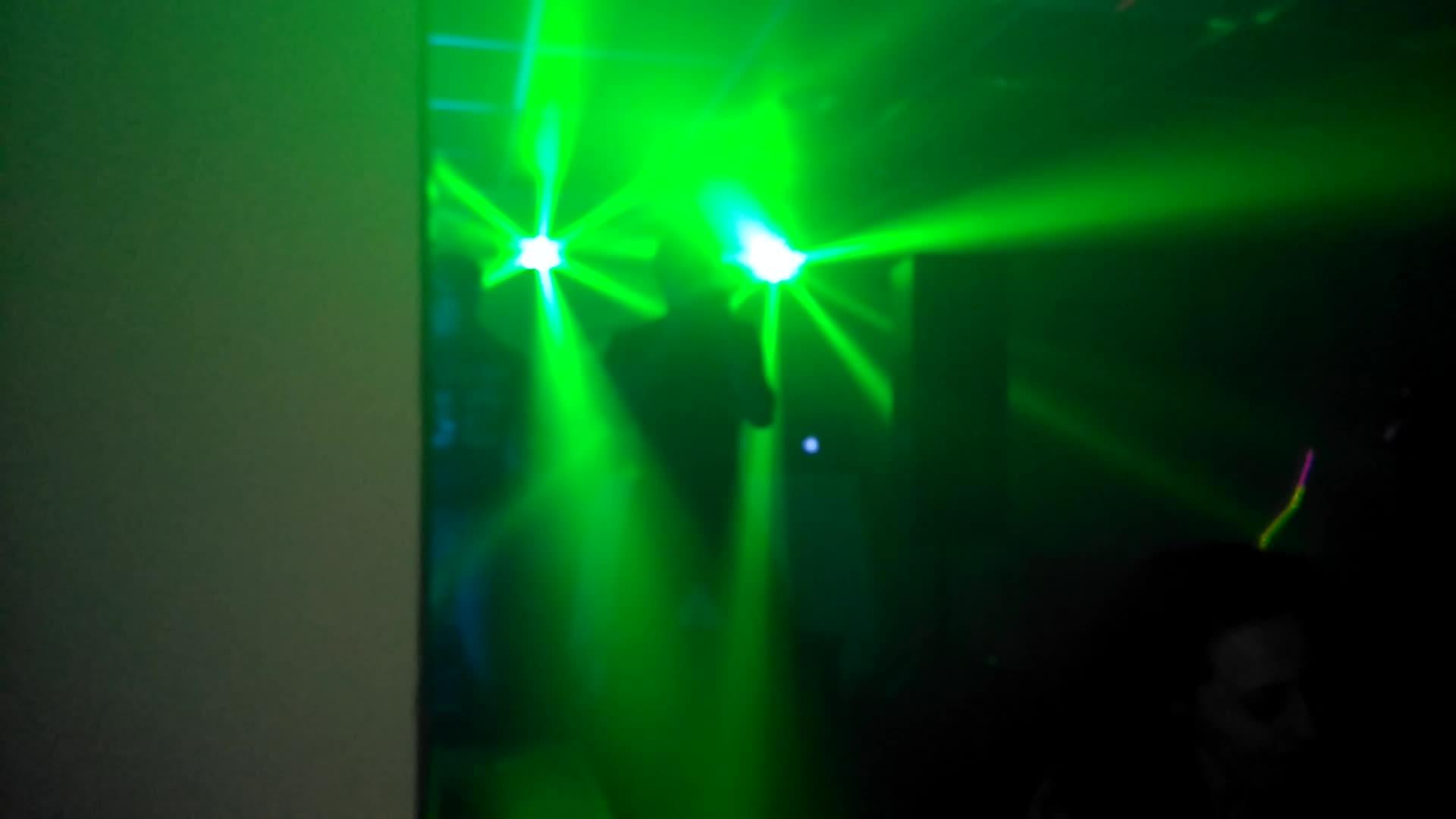 Iluminación led }}