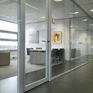 Muebles de oficina Cristal.