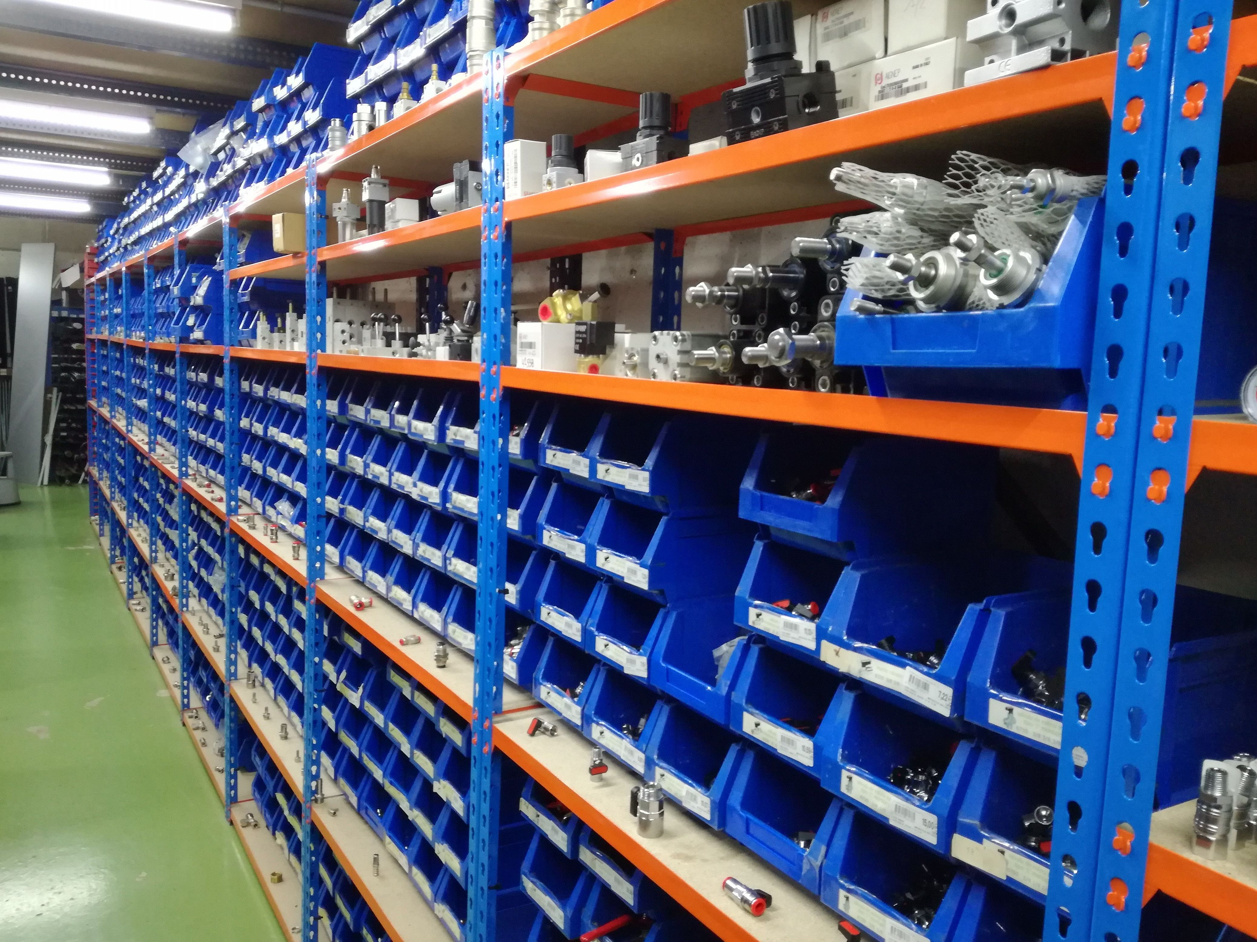 Foto 3 de Venta y distribución de suministros industriales en tolosa | Iturralde Industrigaiak, S.L.