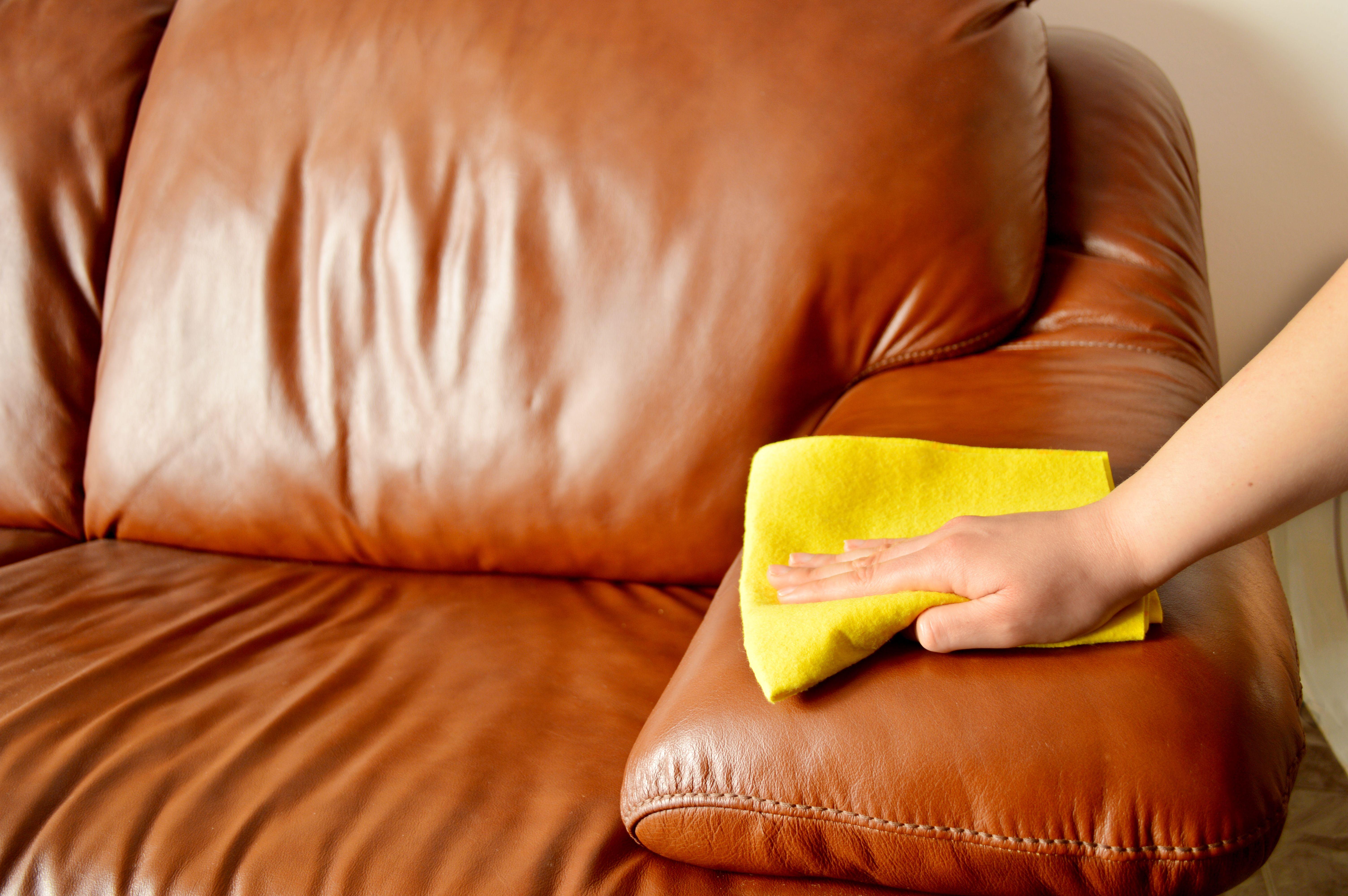 Limpieza de sofás, sillas y moquetas