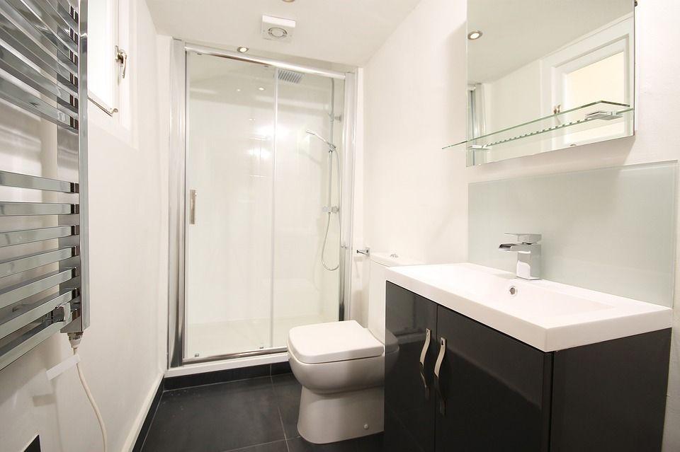 Mamparas de baño: Productos y servicios de Cristalería Jiménez