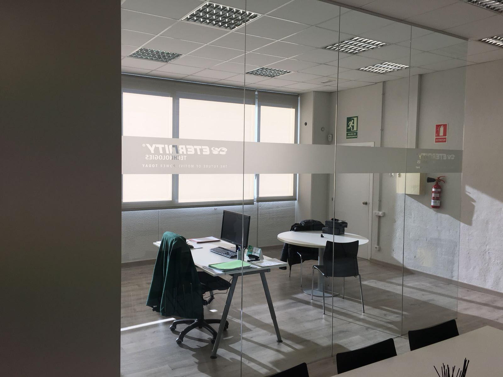 Divisorias de interior: Productos y servicios de Cristalería Jiménez