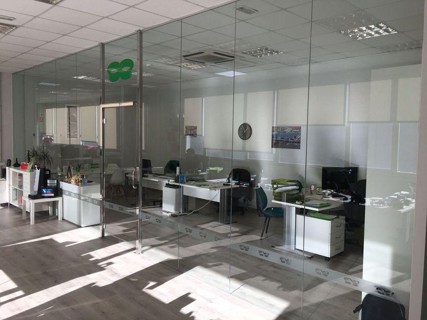 Divisiones de oficinas en cristal