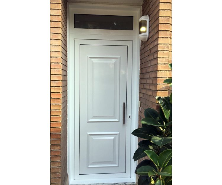 Puertas de aluminio en Gavà