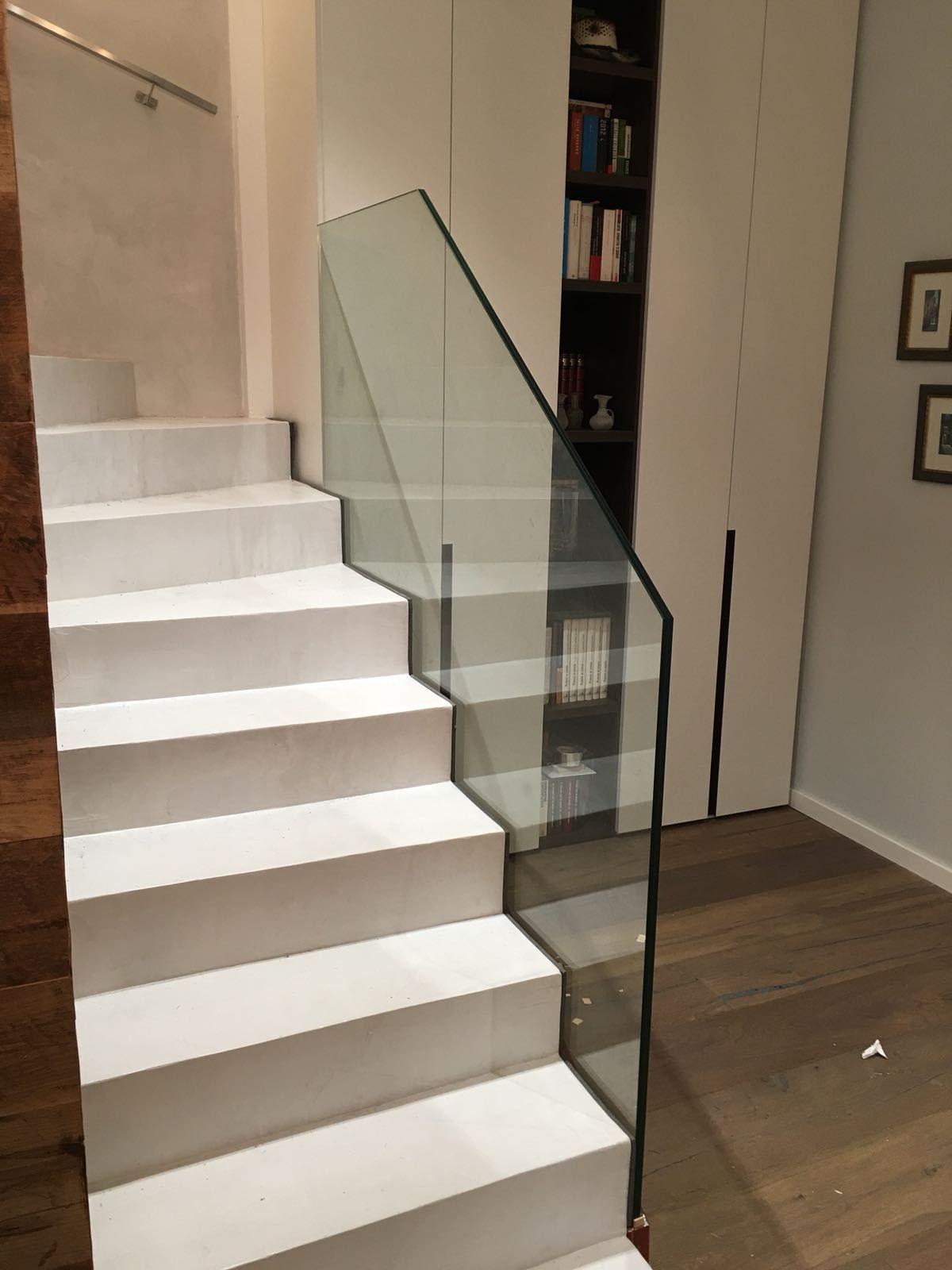 Barandillas y escaleras: Productos y servicios de Cristalería Jiménez