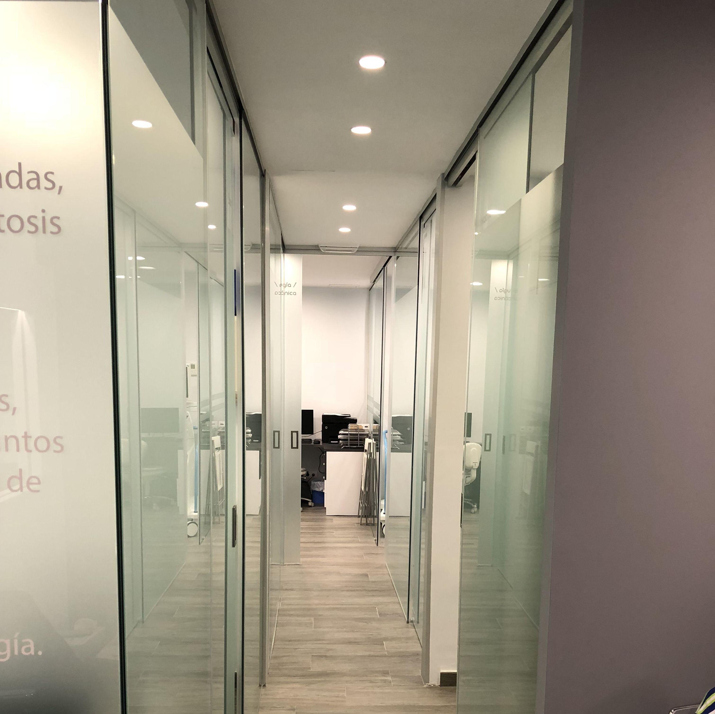 Foto 2 de Carpintería de aluminio, metálica y PVC en Viladecans | Cristalería Jiménez